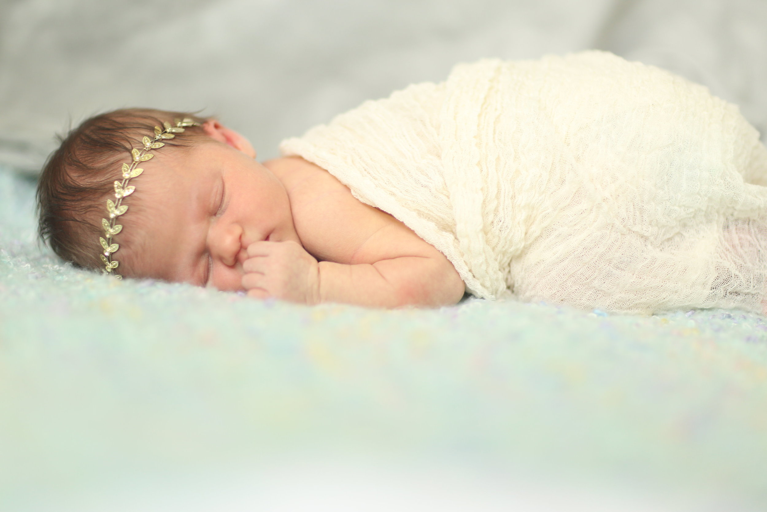 Newborn Baby Girl Photos - Unique Baby Girl Names - Traditional Baby Girl Names - Naming Your Baby