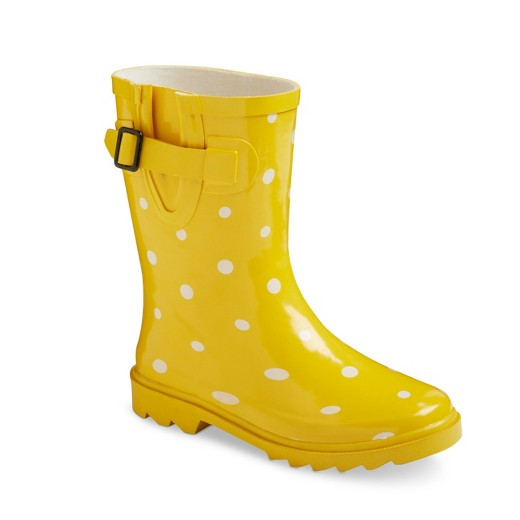 Cute Kids-Toddler Yellow Polka Dot Rain Boots -- Mommy Blogger-Vlogger - The Overwhelmed Mommy