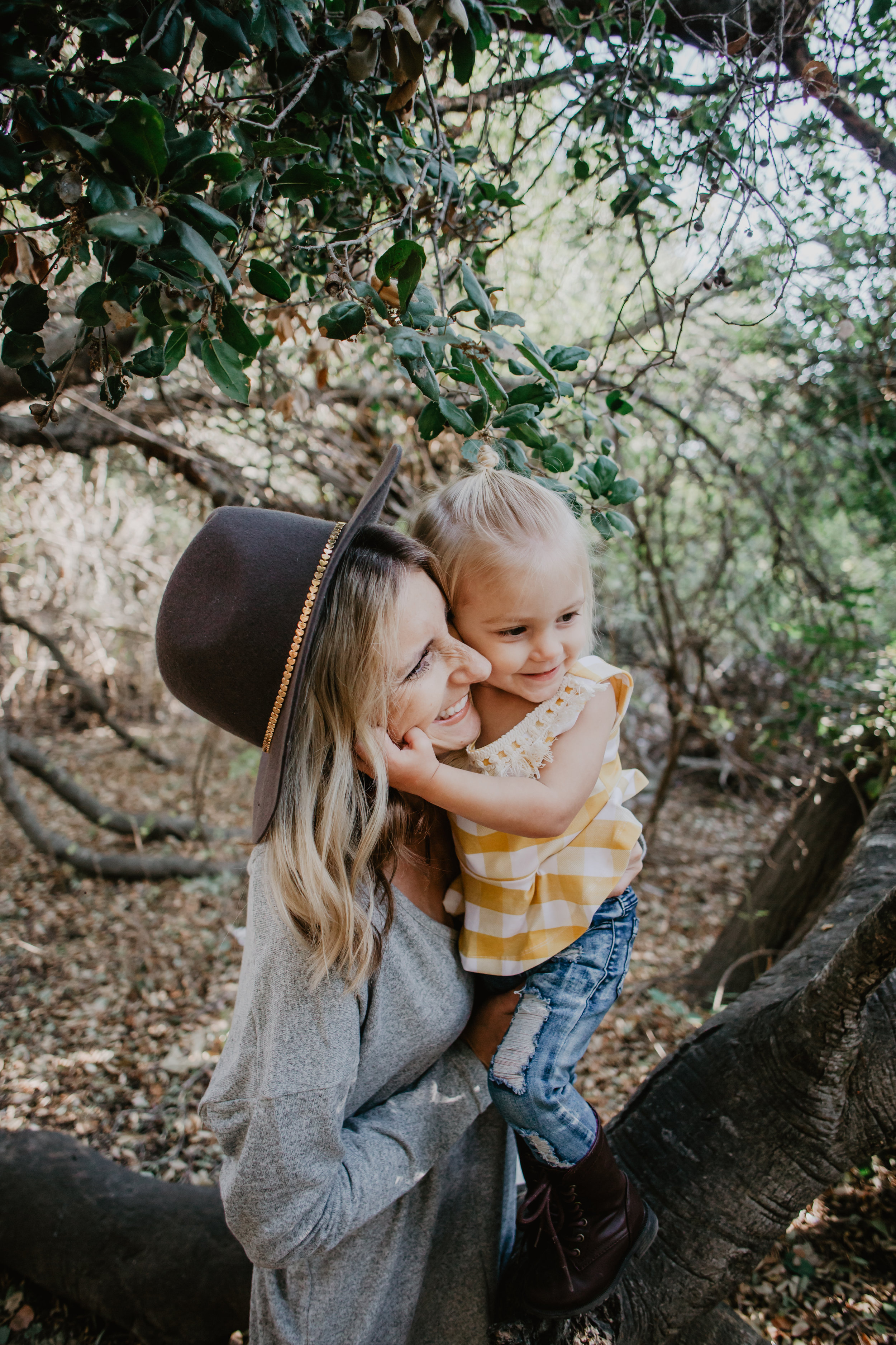 Inexpensive Women's Sweater Dress - Mom Fashion Blogger - Cute Baby-Kids Clothes -- Mommy Blogger - The Overwhelmed Mommy