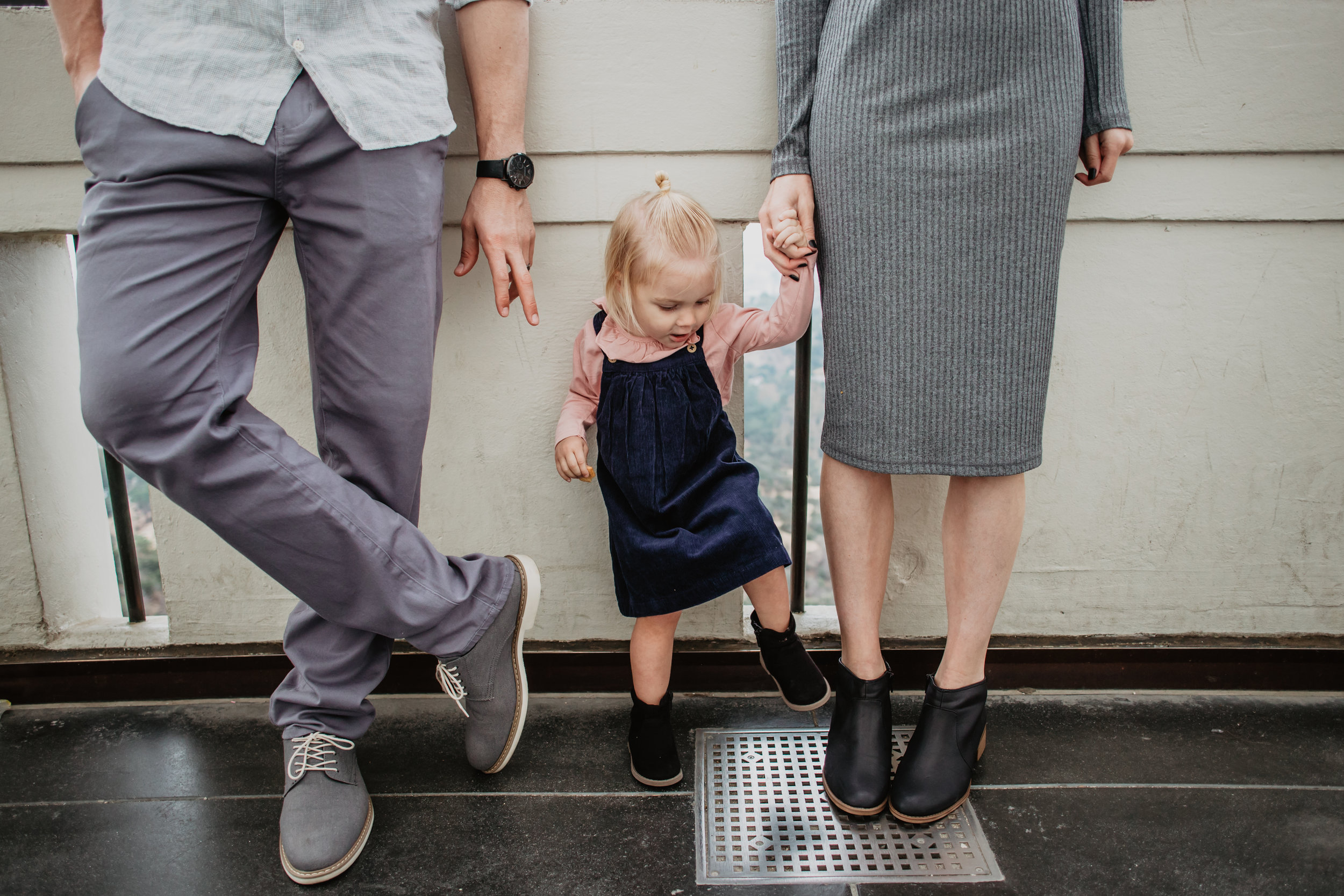 13 Easy Ways to Treat Your Husband Every Day -- Mommy Blogger - The Overwhelmed Mommy