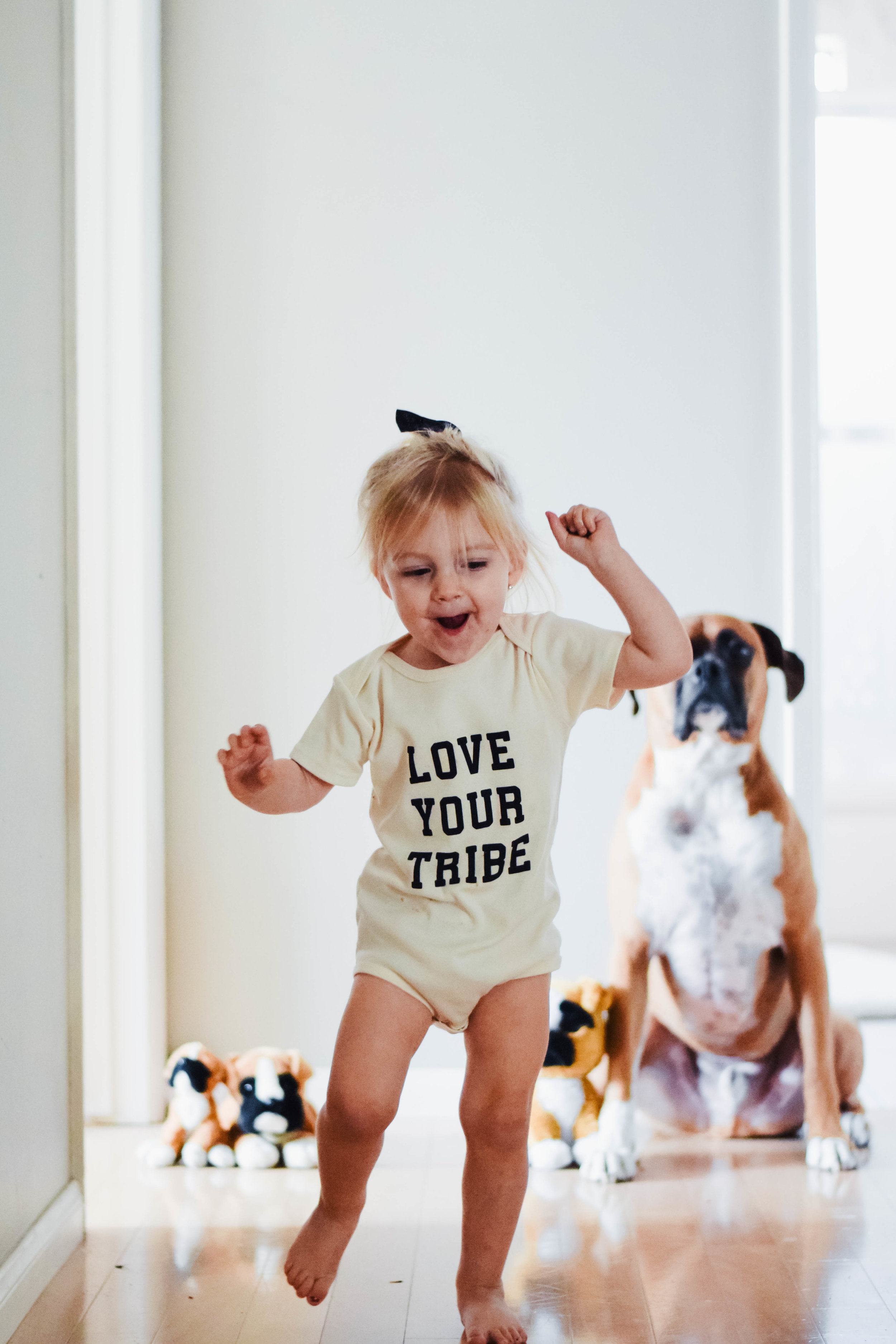 8 Item Capsule Wardrobe for Babies + Toddlers -- Tenth & Pine -- Mommy Blog - The Overwhelmed Mommy