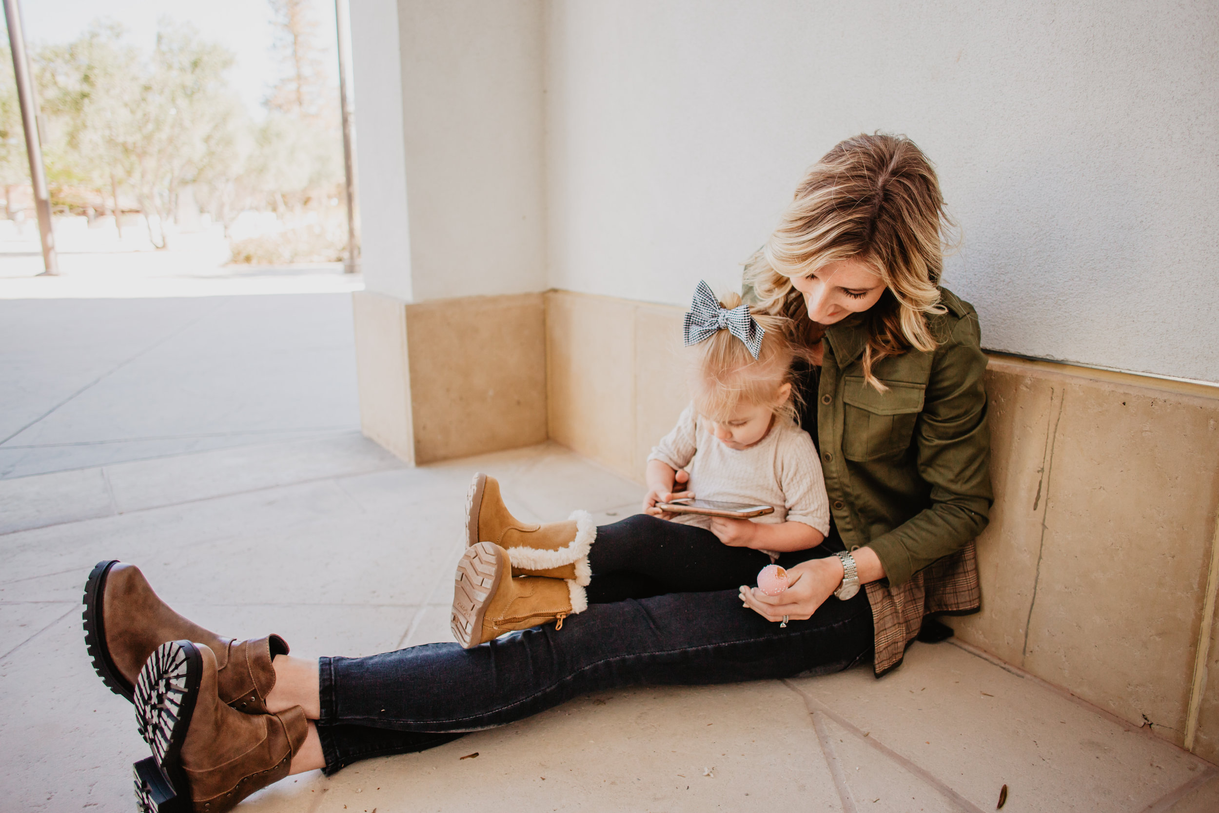 Cute Small Shop Kids Clothes - Affordable Mom Fashion Blog - Thistle & Finn -- Mommy Blog - The Overwhelmed Mommy