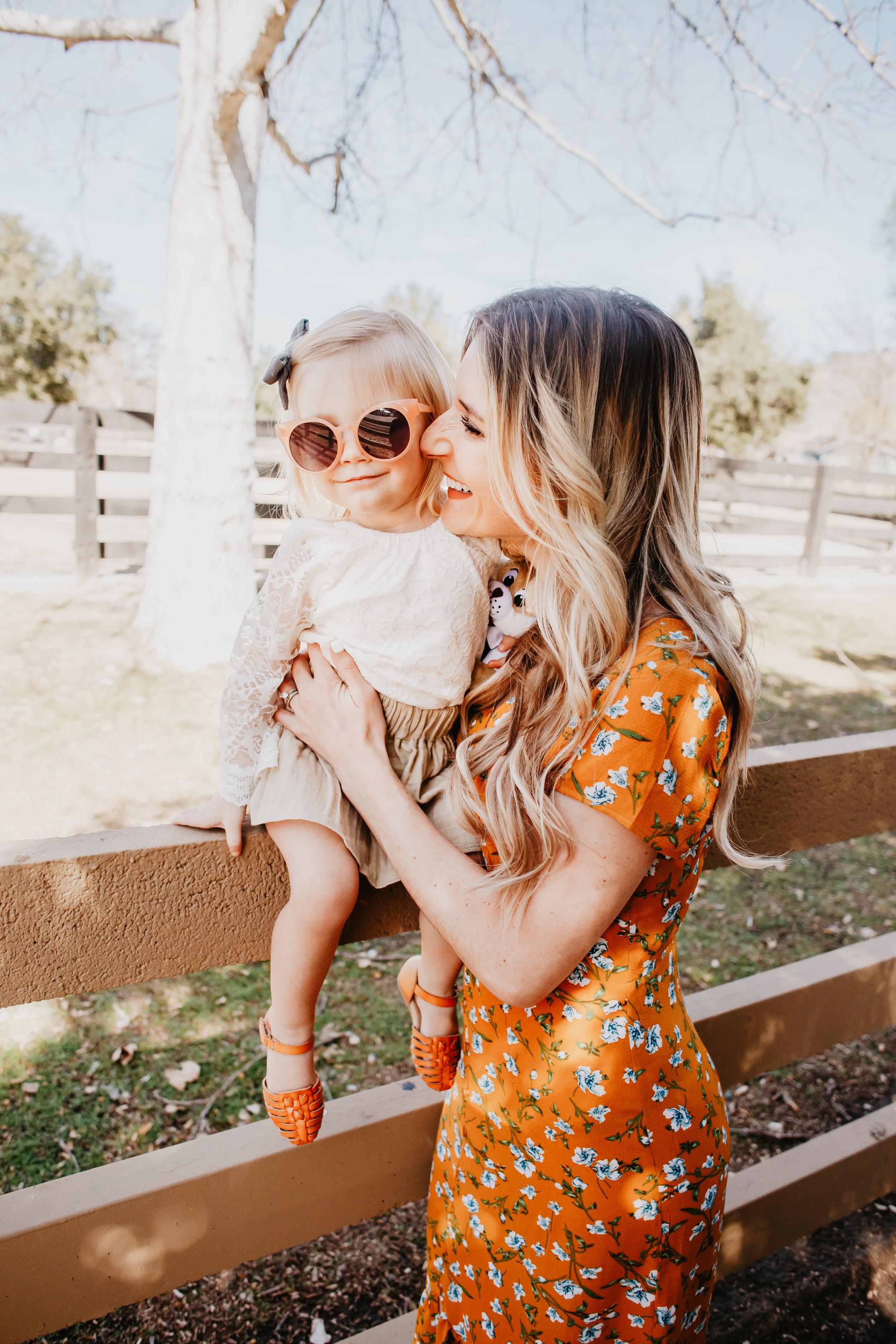 Mommy Blogger - The Overwhelmed Mommy