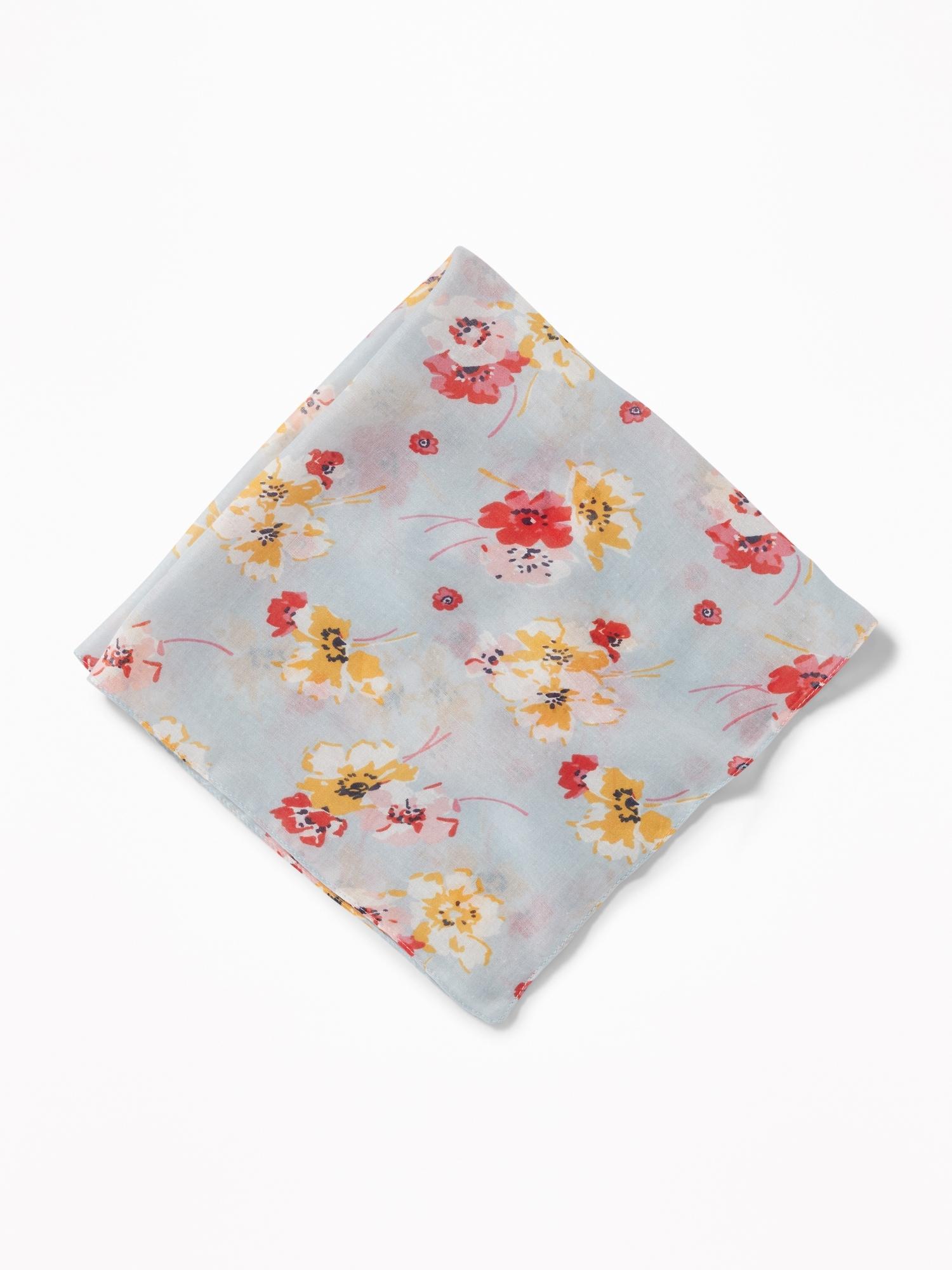 Ways to Tie A Cute Headscarf-Neckerchief