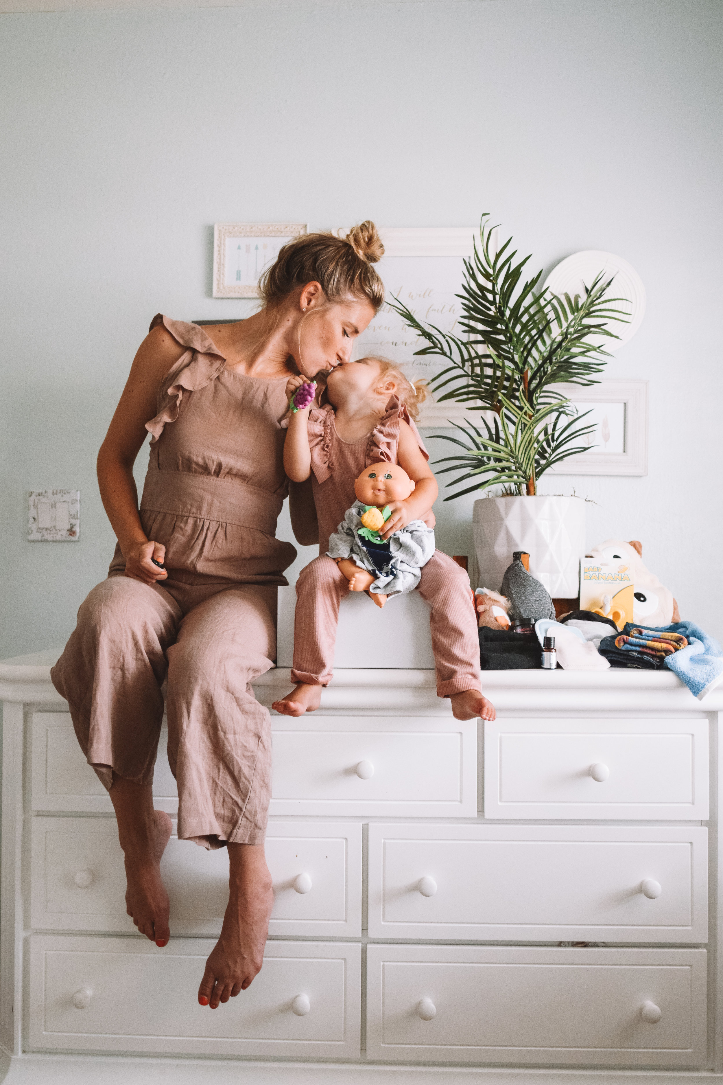 Cool Baby Products -- The Overwhelmed Mommy Blogger