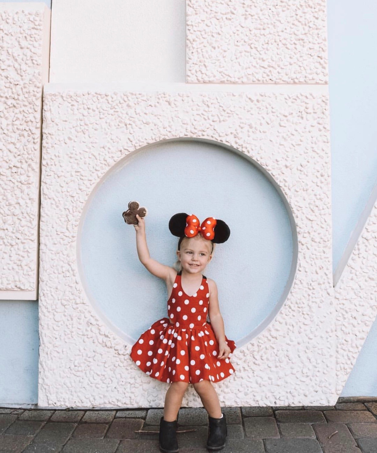 Toddler Kids Minnie Mouse Dress - Toddler Girl Holiday Christmas Gift Ideas Unique - The Overwhelmed Mommy Blogger