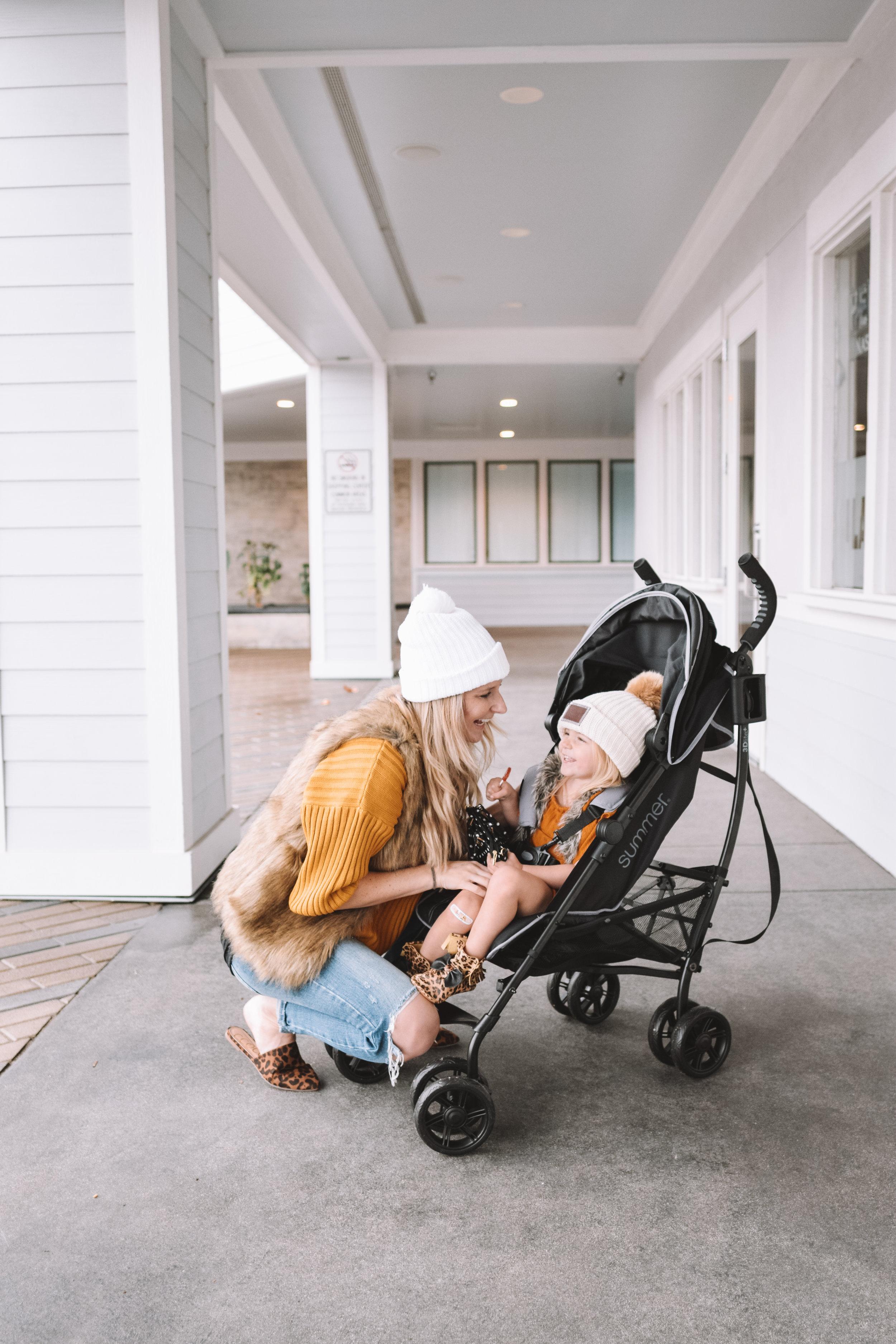 Best Lightweight Stroller - The Overwhelmed Mommy Blogger