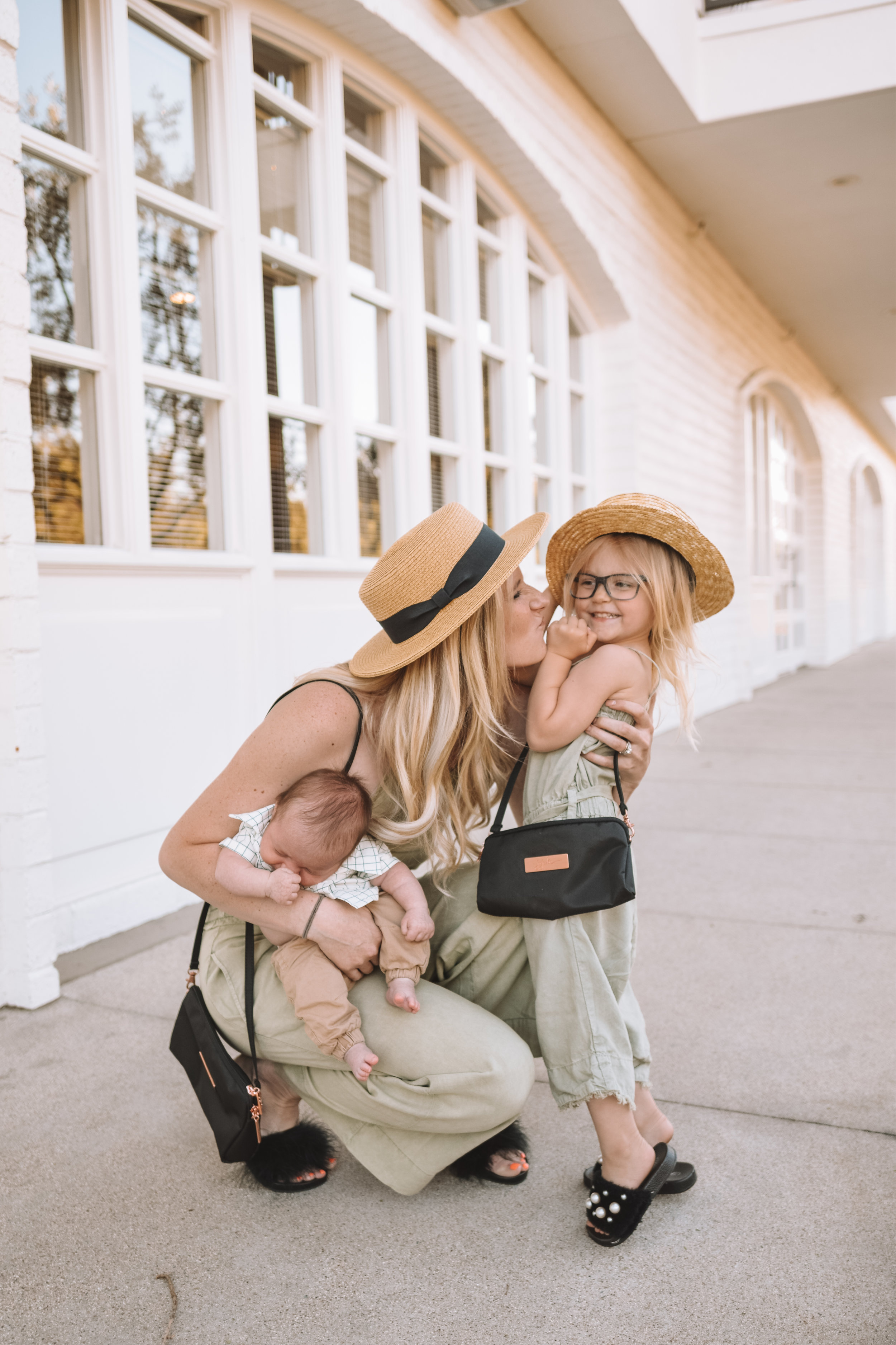 Mommy and Me Outfits - Cute Kids Clothes - The Overwhelmed Mommy Blogger