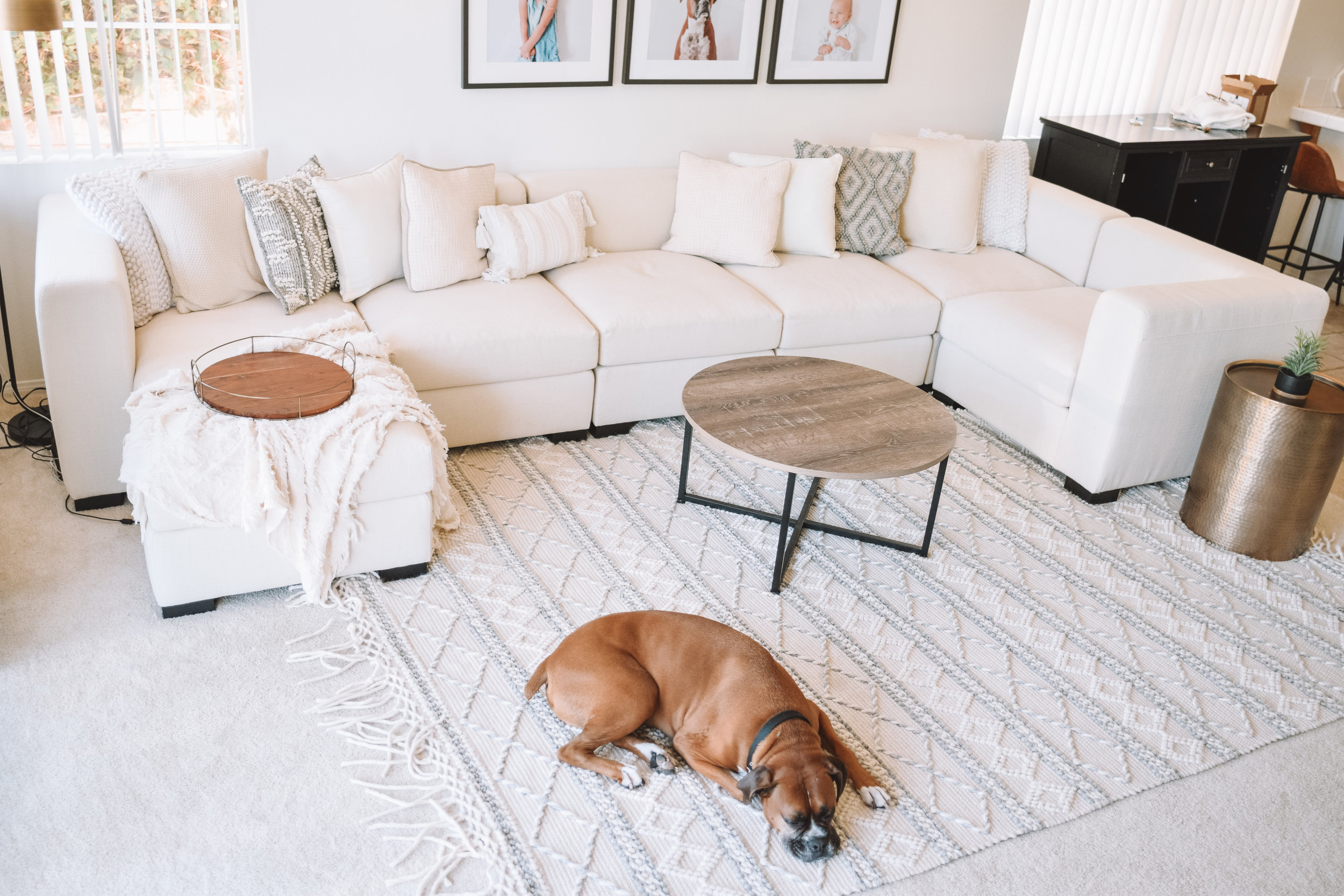 Gorgeous Family Room Inspiration - Ivory White Neutrals Living Room Ideas - The Overwhelmed Mommy Blogger
