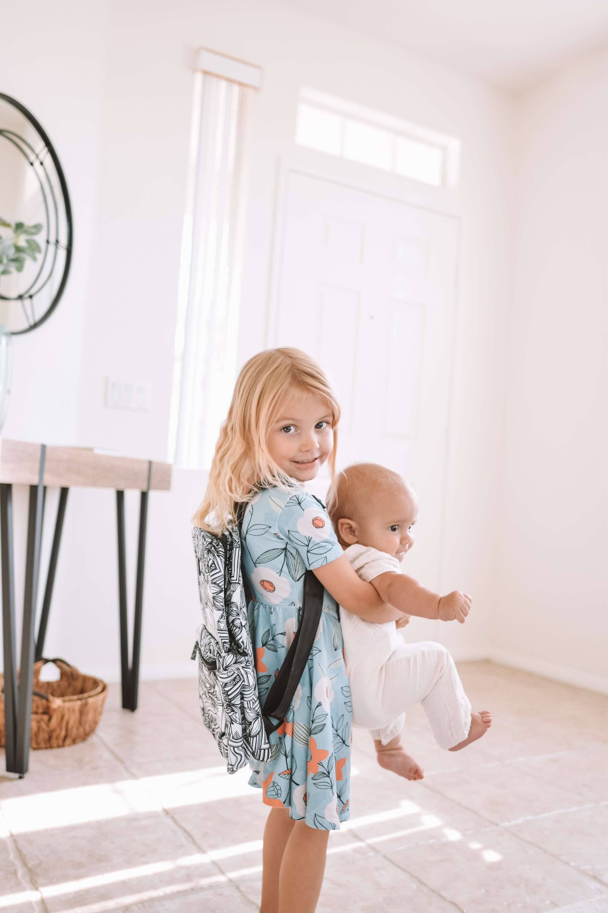 JuJuBe Sketch Midi Backpack - The Overwhelmed Mommy Blogger