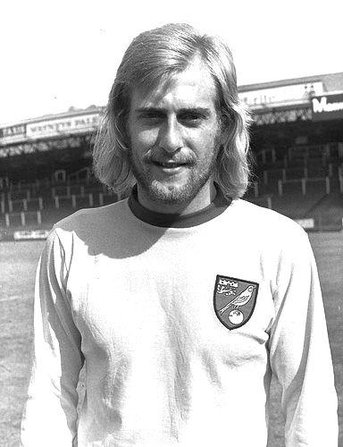Graham Paddon Norwich Cith 1973.JPG
