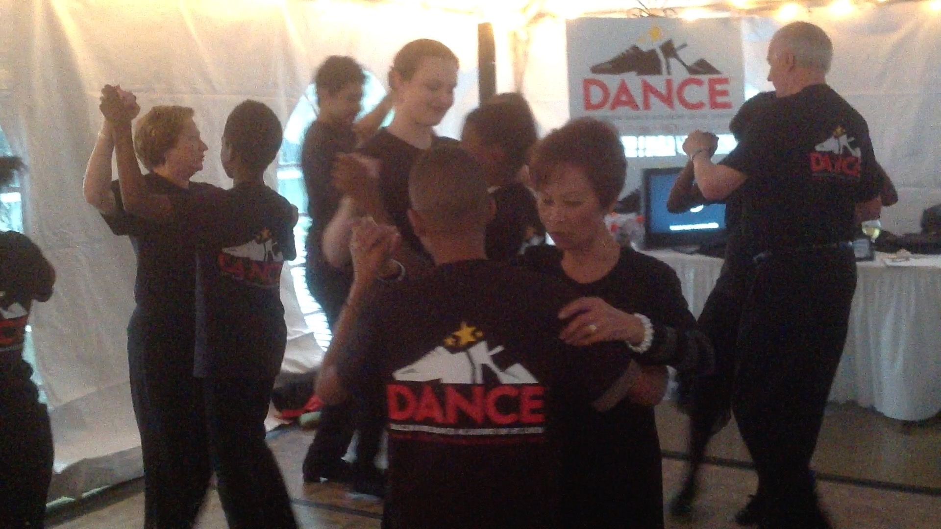 BDASL Seniors and Children dancing at Novus Arts Fair