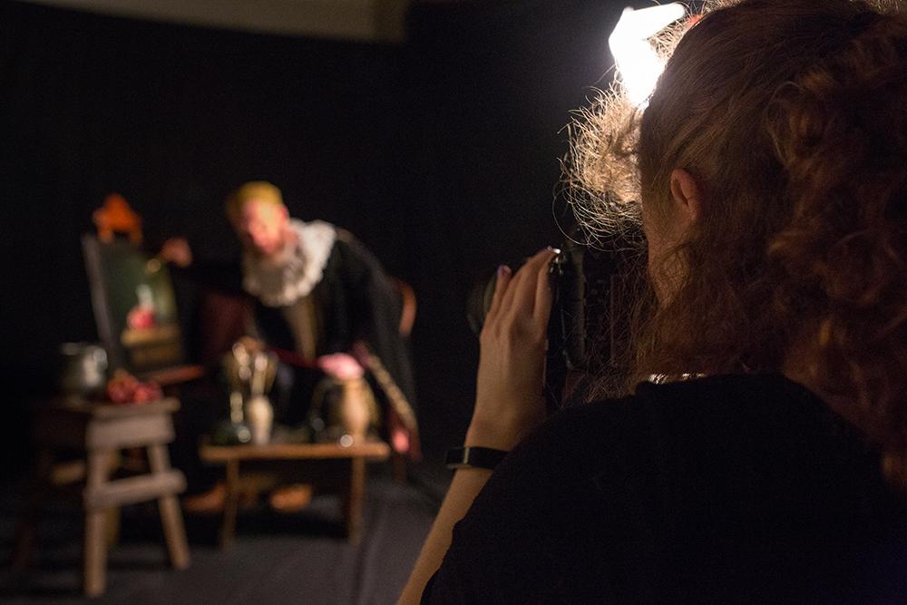 Tami Bahat in studio