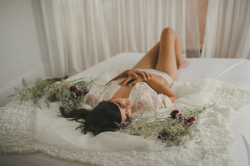 Mommy-boudoir-session-with-baby-Nichole&Liam-77_blog.jpg