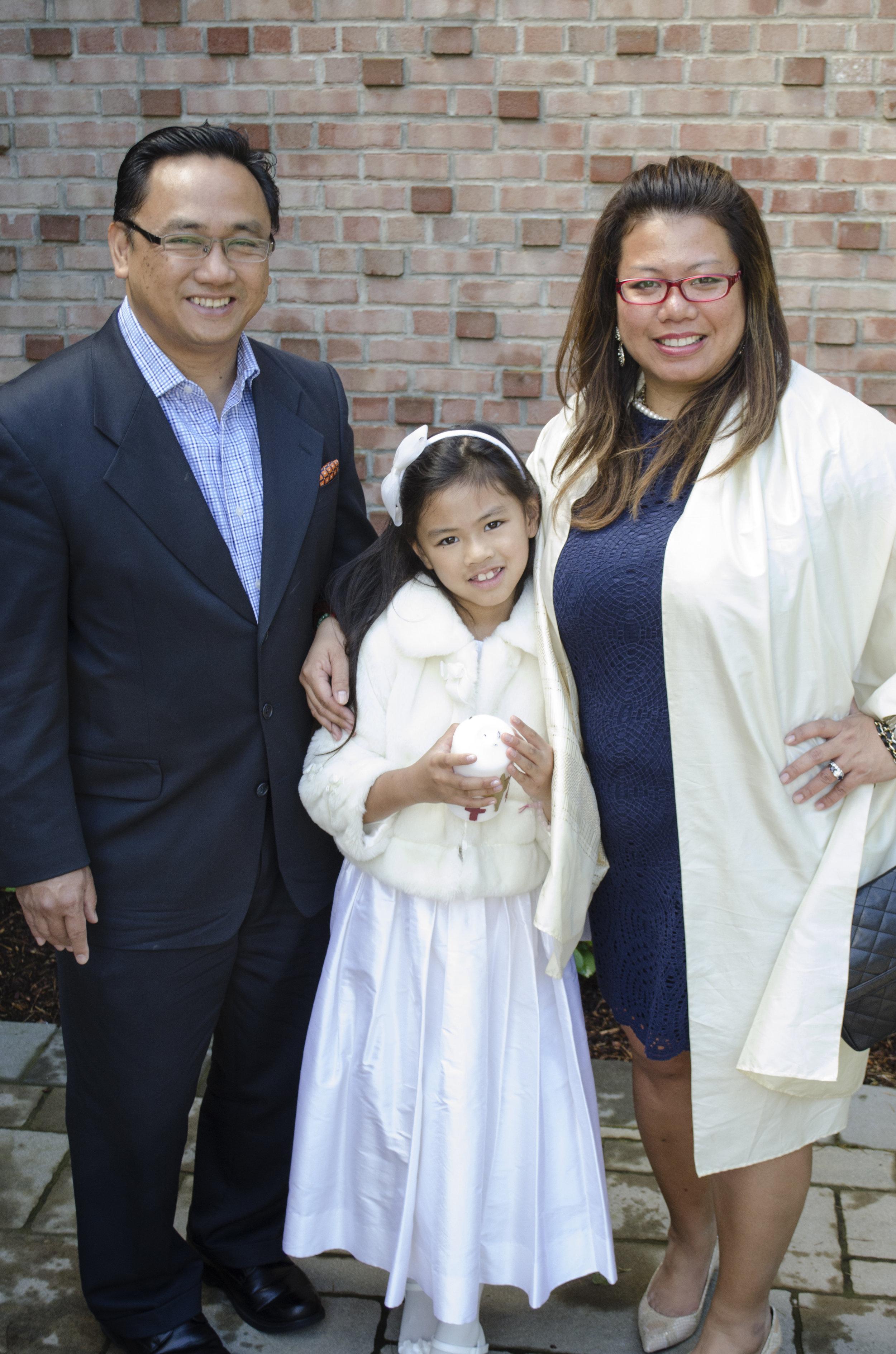 The_Family_at_the_church_.jpg