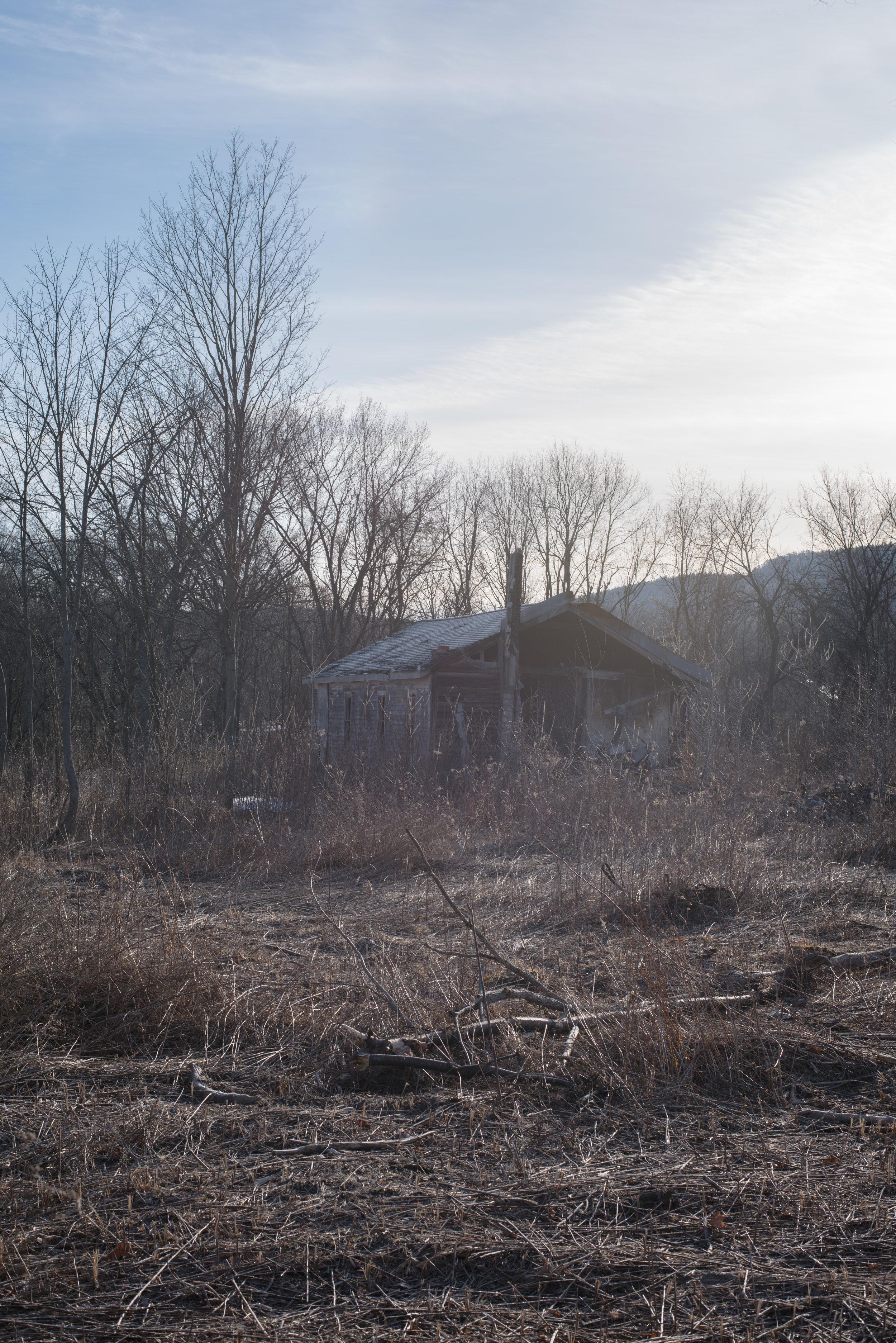 20180408-abandoned_barn_2_40431724455_o-redux.jpg
