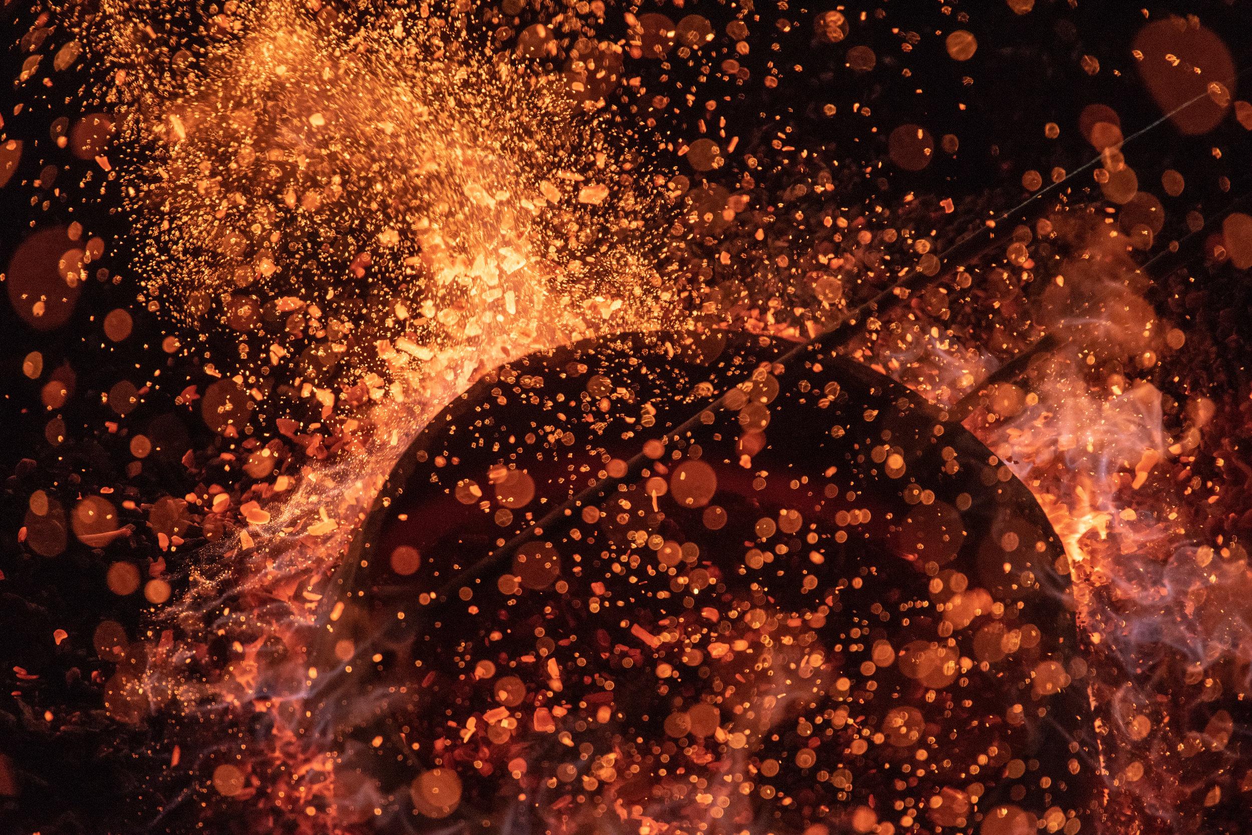 Gong in fire