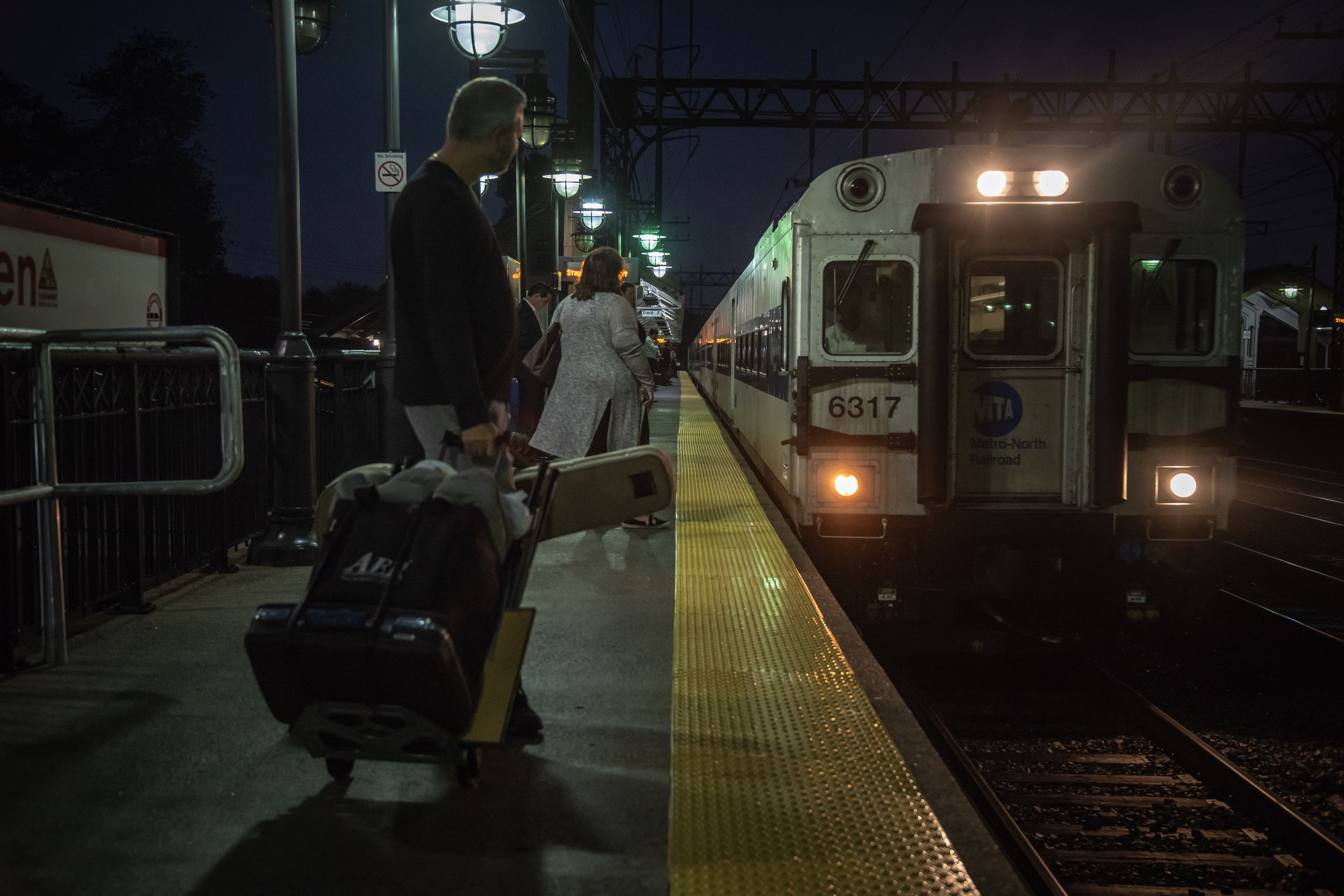 Traveling from Darien, Connecticut, Glenn takes the 5am train in order to make to Grand Central in time to set up for the morning rush.