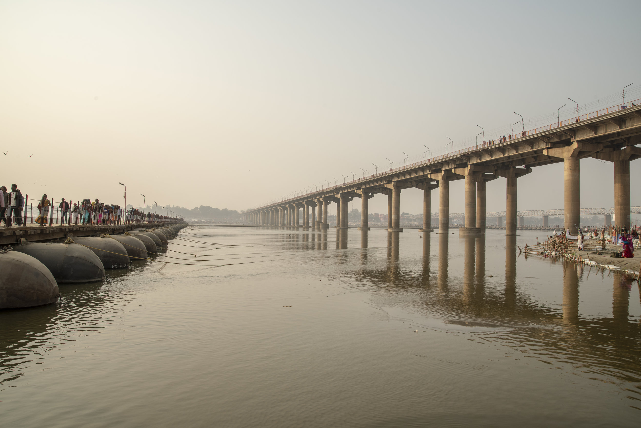 Bridges, both permanent and temporary, span the Ganges, providing passage to and from the Mela.