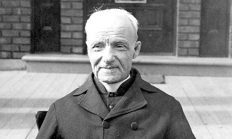 Frère_André_1920