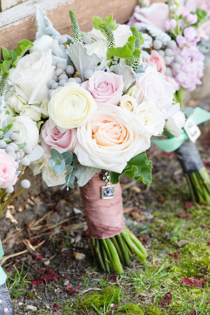 South Jersey Wedding Florist - A Garden Party - Tina Jay Photography - Running Deer Golf Club - Just Be - blush wedding - neutral wedding flowers - white roses - spring wedding - teal dresses