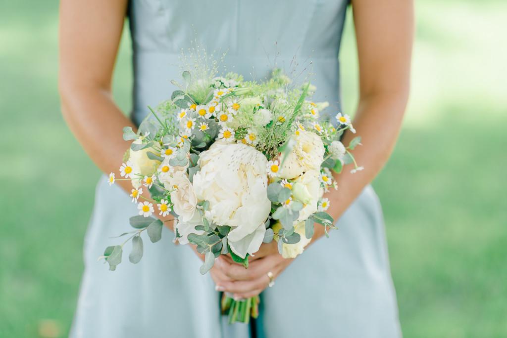 South Jersey Wedding Florist - A Garden Party florist - Rachel Pearlman Photography - white wedding flowers - peonies - dusty miller - barn wedding - rustic wedding - country wedding