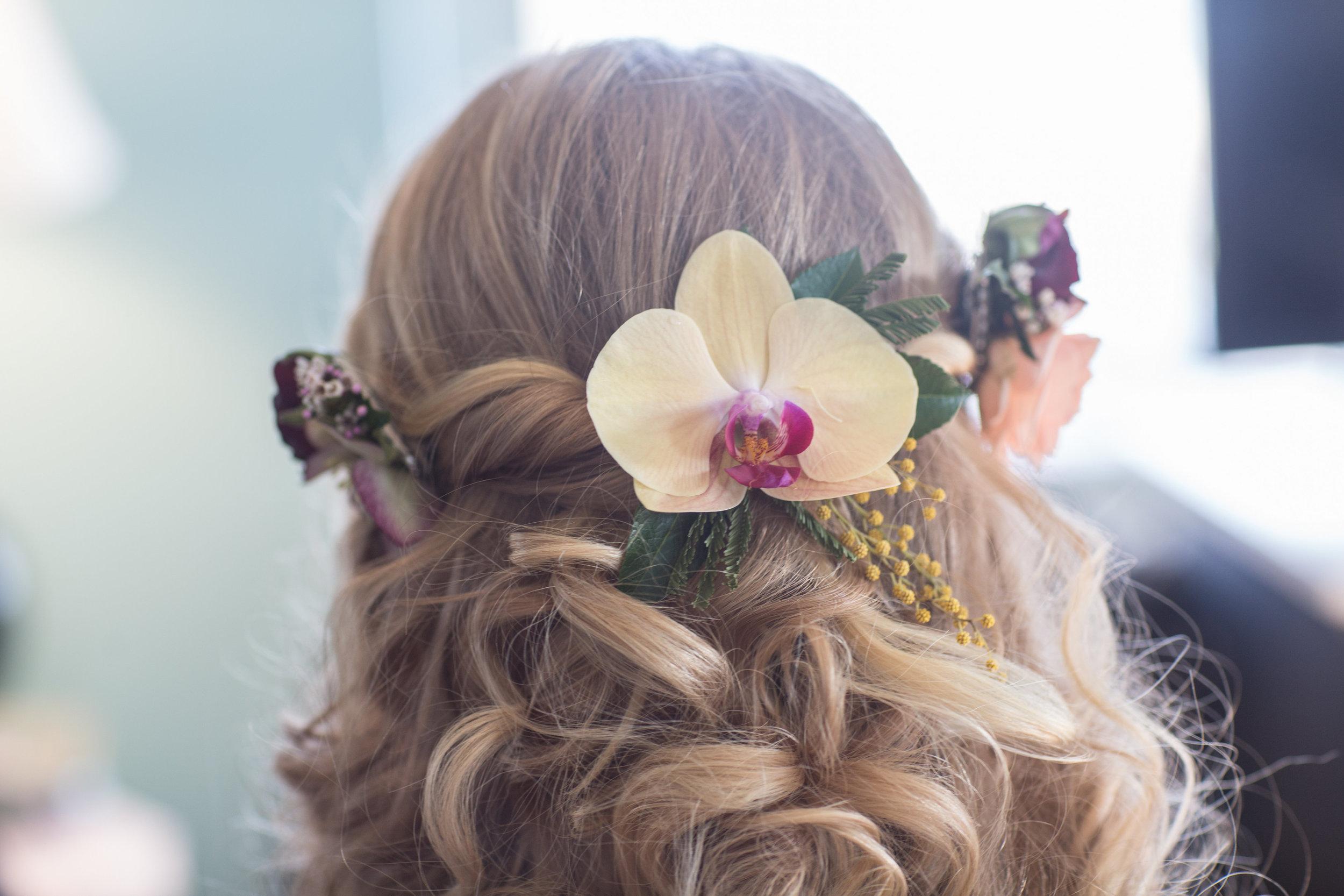 NJ Wedding, Orchid Hair Flowers, Bridal flowers, Fall Wedding, Hello Gorgeous Photography