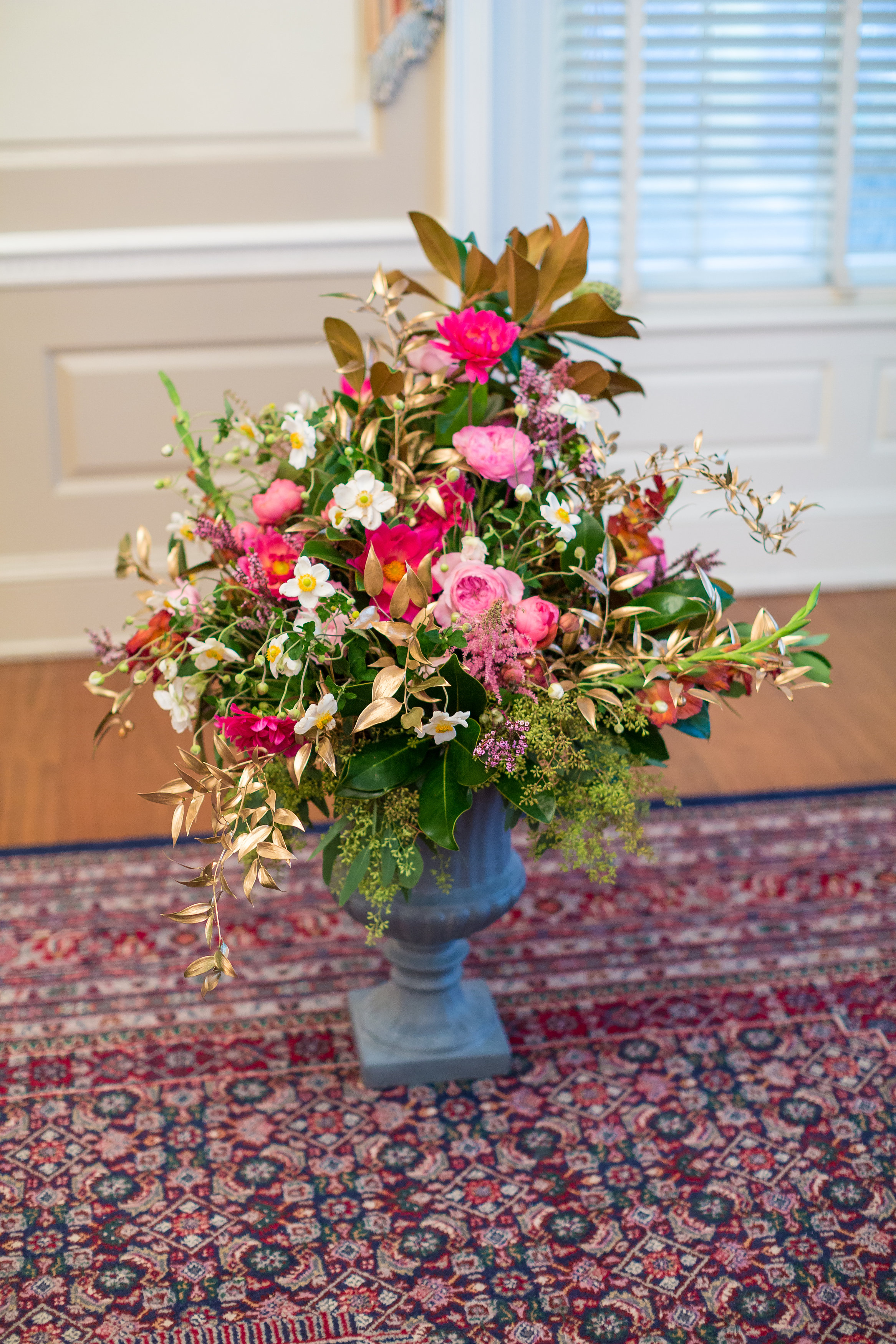A Garden Party Florist, Tami & Ryan Photography, Brantwyn Estate, Wilmington, Pink, Ceremony Flowers