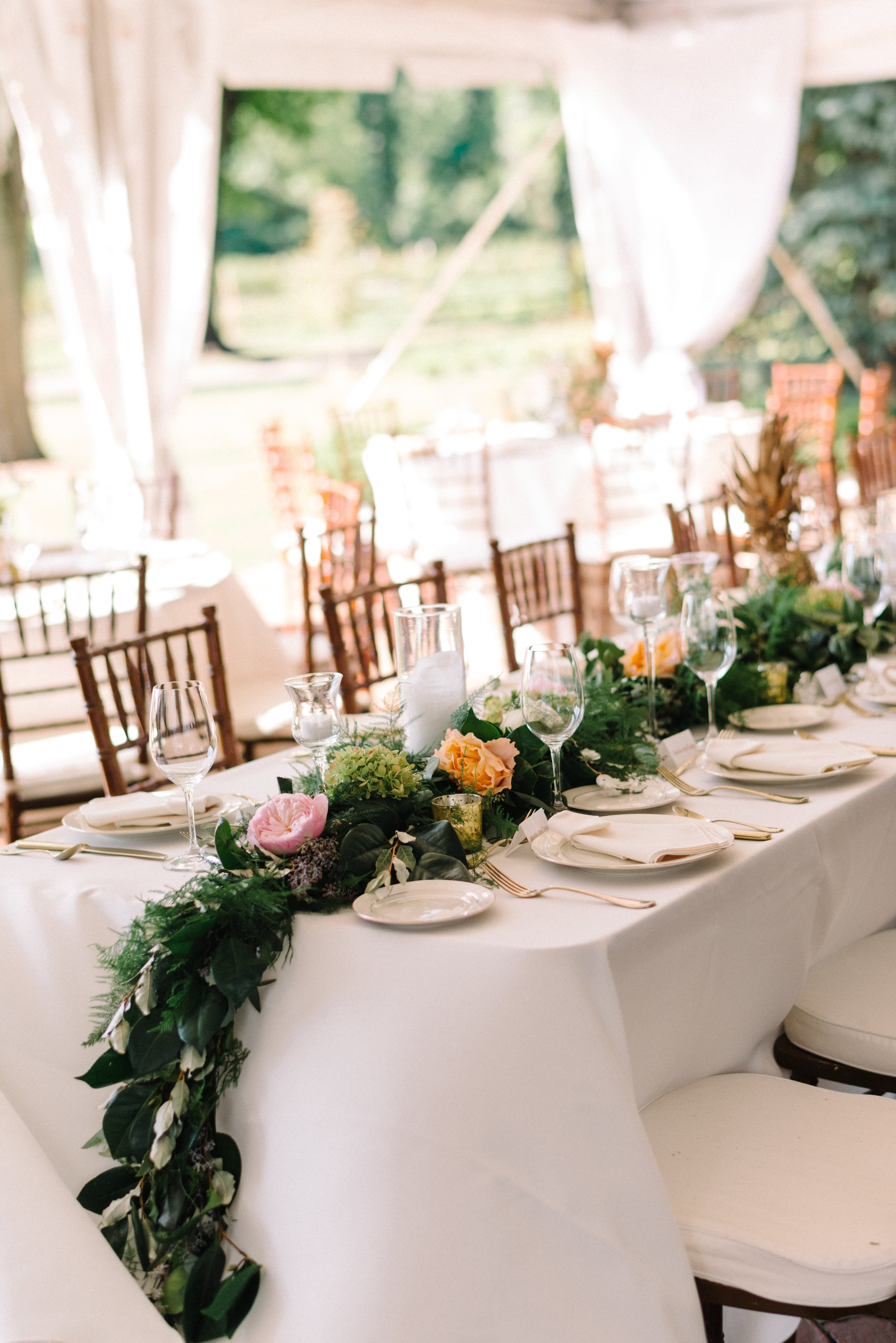 A Garden Party Florist, Inn at Fernbrook Farms, Michelle Lange Photography, Blush, Table Decor, Garland