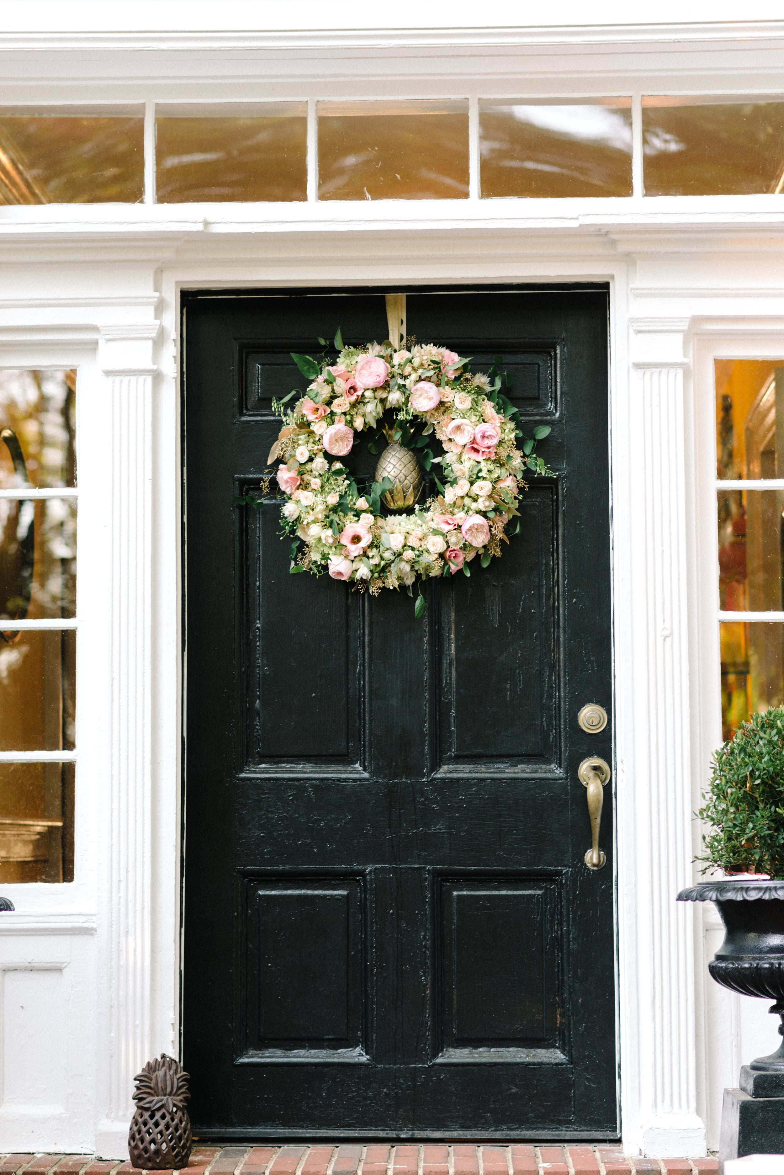 A Garden Party Florist, Inn at Fernbrook Farms, Michelle Lange Photography, Blush, Wreath