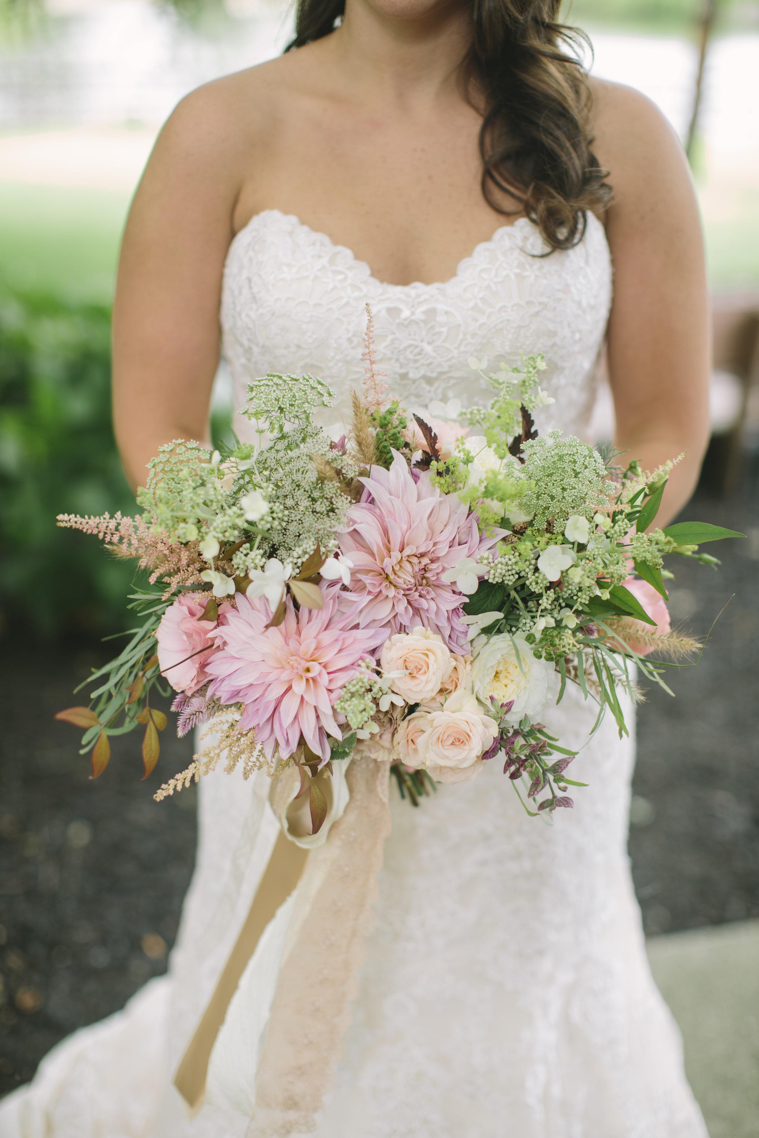 Smithville Inn Wedding, Bride Bouquet, Blush and White Bouquet, Salt Water Studios