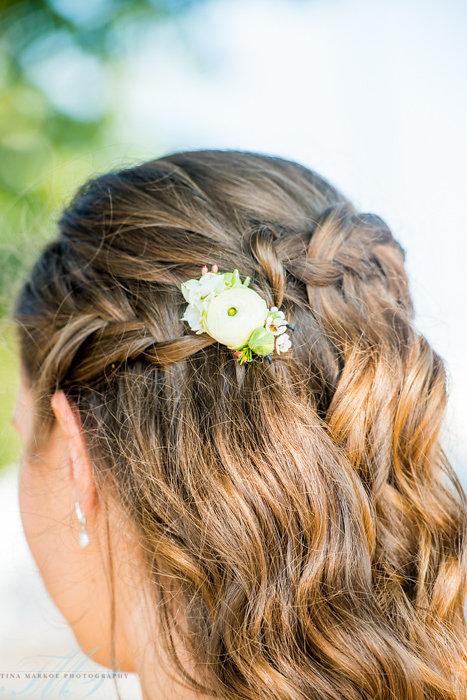 NJ Wedding, Bridal, Bride, Flowers, Floral Comb, Tina Markoe Photography