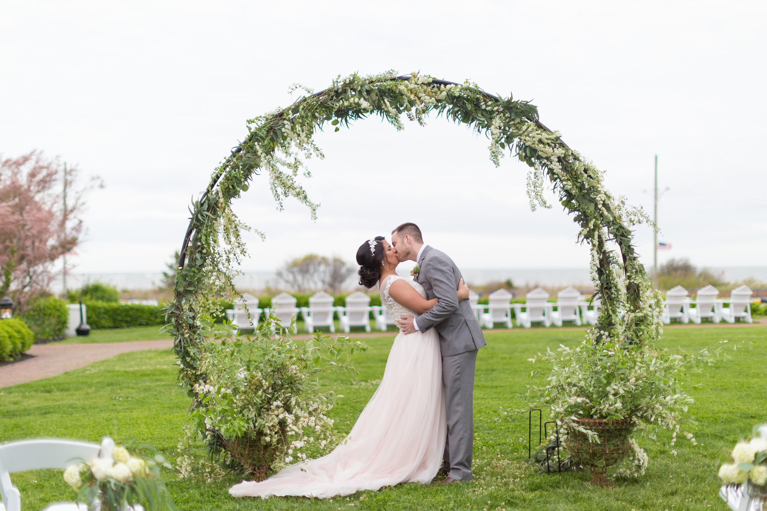 circle arch ceremony piece by A Garden Party florist at Congress Hall