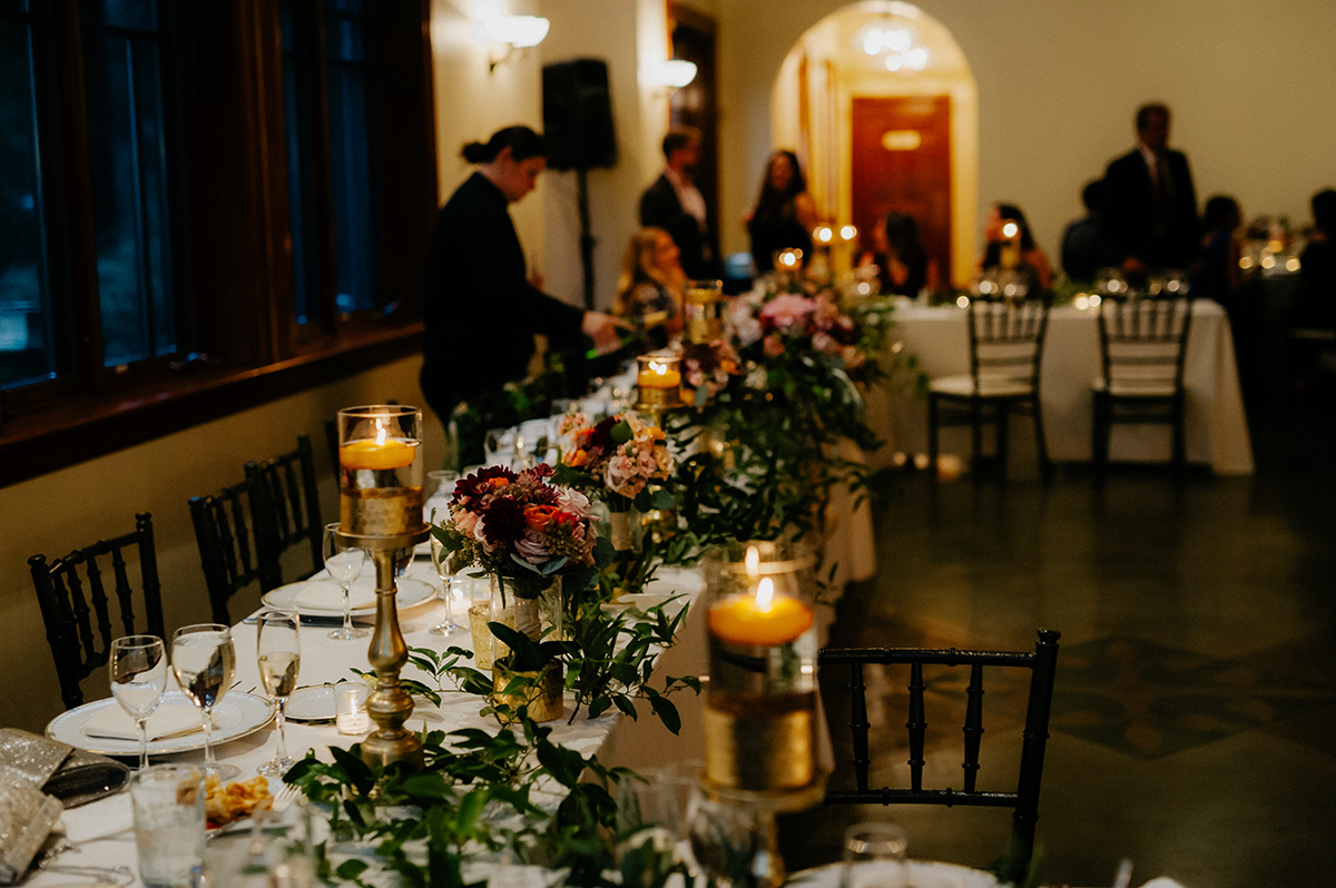fall wedding head table knowlton mansion