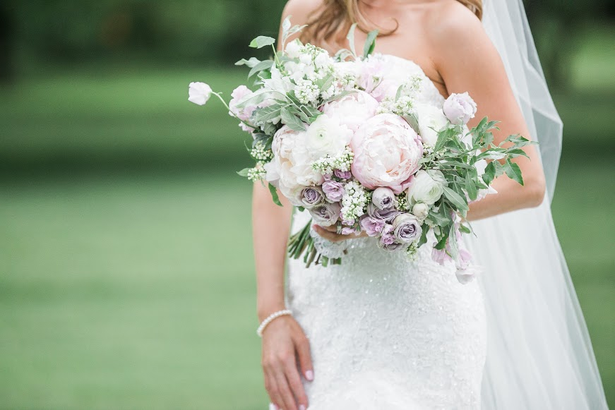 Eastlyn Golf Course Wedding, Purple and White Bouquet, Lilac Bride, Jessica Cooper Photography