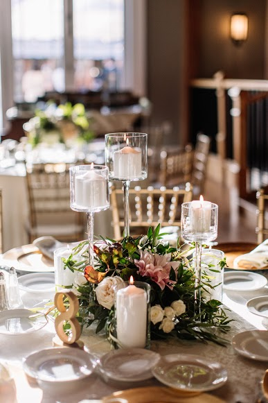 Willow Creek Winery Wedding, Cape May Bride, Rectangle Table, Farm Tables, Garland, Dahlia, Chargers, Brittany Raine Photography