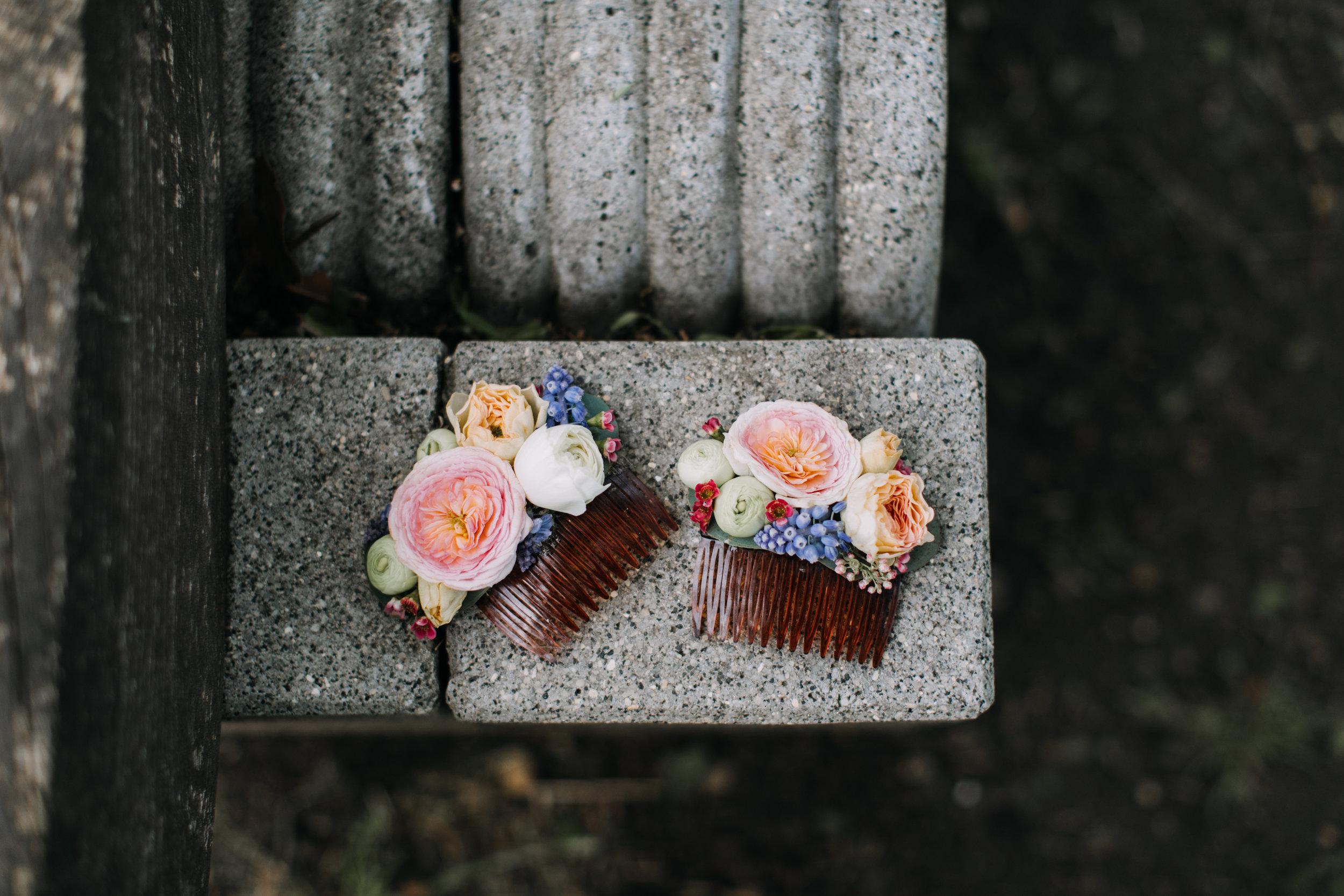 Philadelphia Wedding, Bartrams Gardens, Hair Comb, Bride Hair Flowers, Muscari, Blush Wedding, LoveMeDo Photography