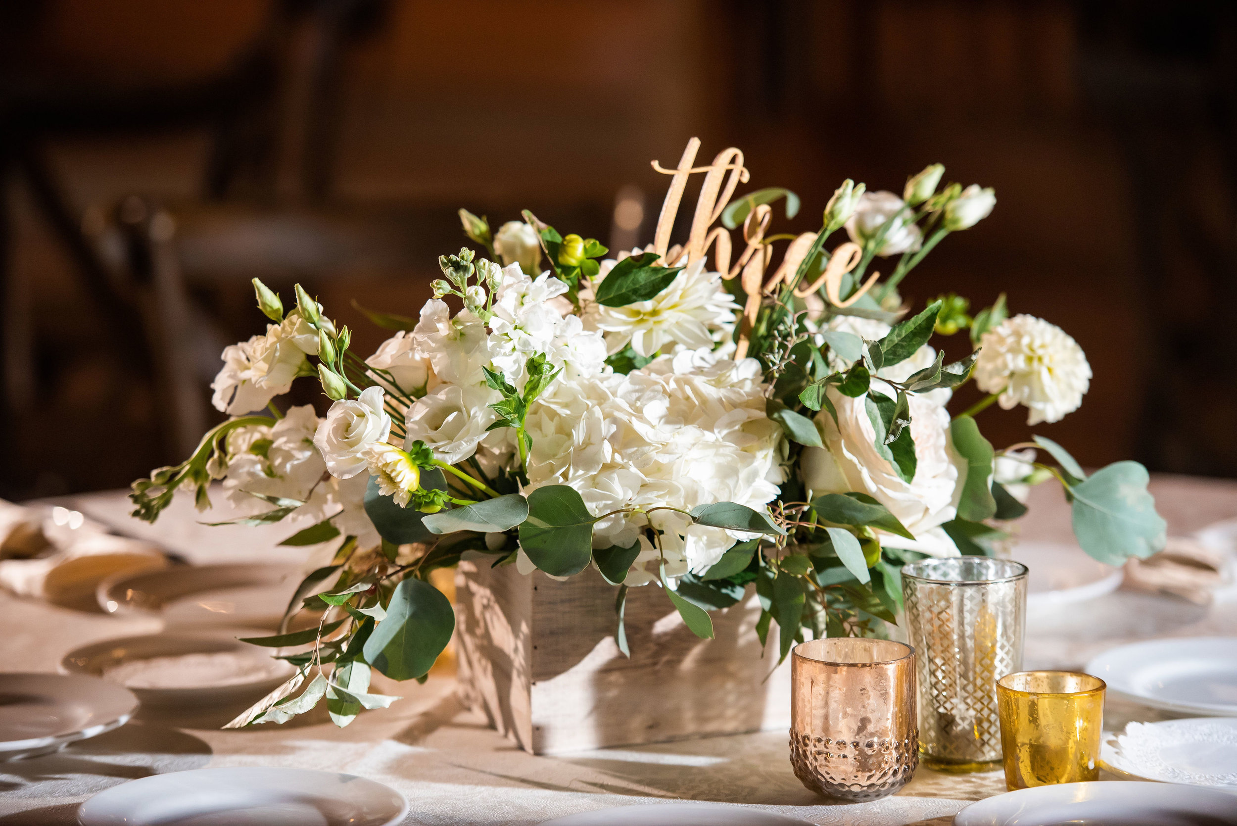 Willow Creek Winery Wedding, Cape May Bride, Tall Centerpiece, Green and White Flowers, Serena Star Photography