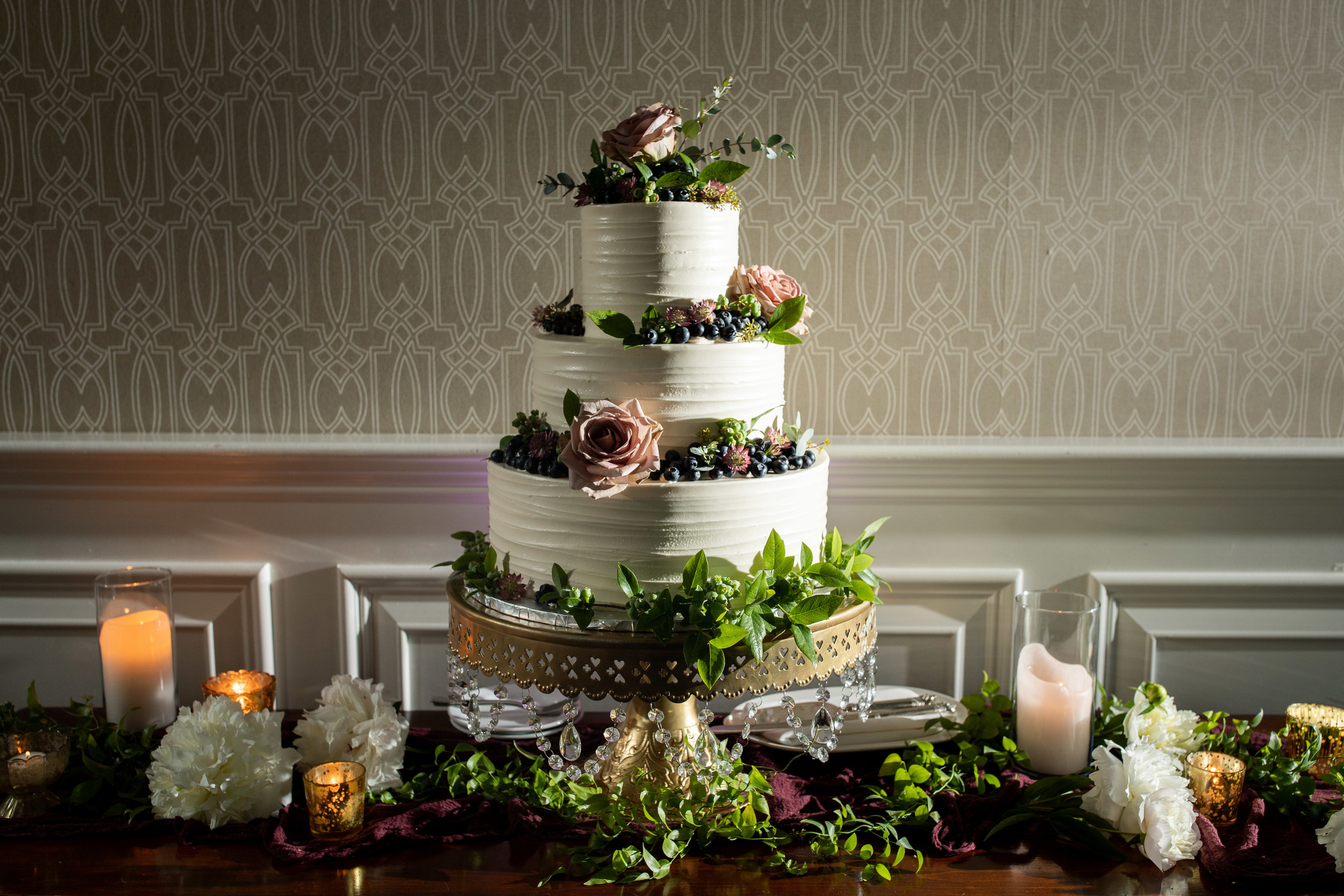 NJ Wedding, Atlantic City Country Club, Cake Inspo, Karmapants Photoraphy