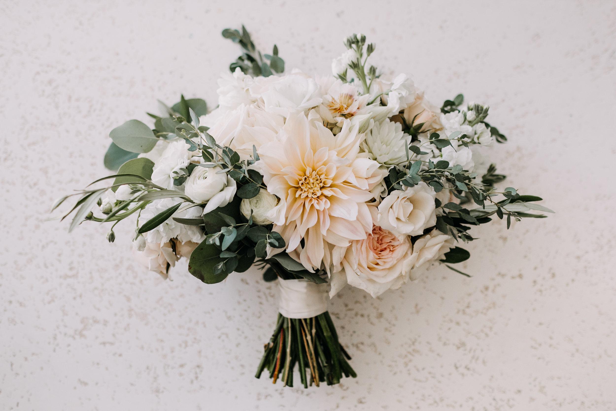 fall bridal bouquet, neutral tones, dahlias, garden roses, Love Me Do Photography