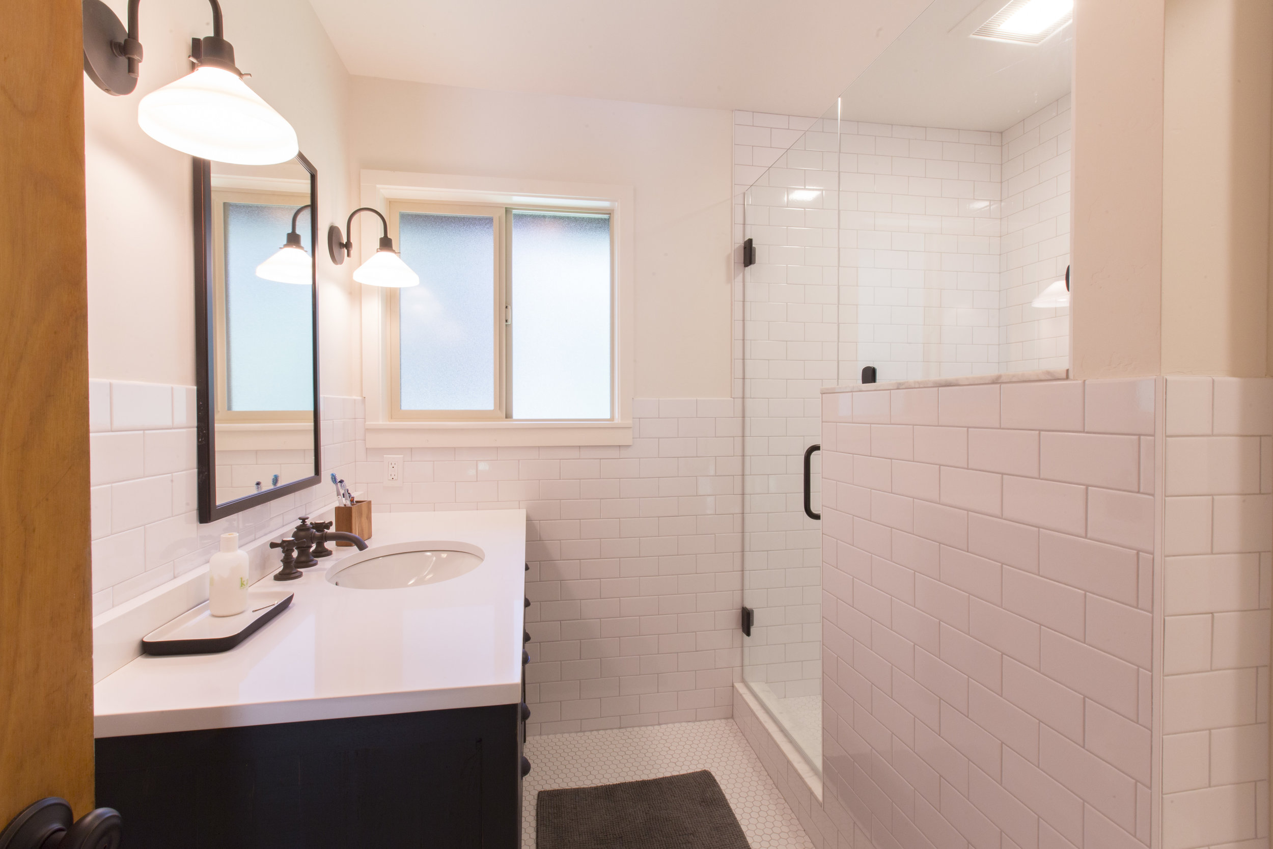 WestShore_HartlineConstruction_Bathroom.jpg
