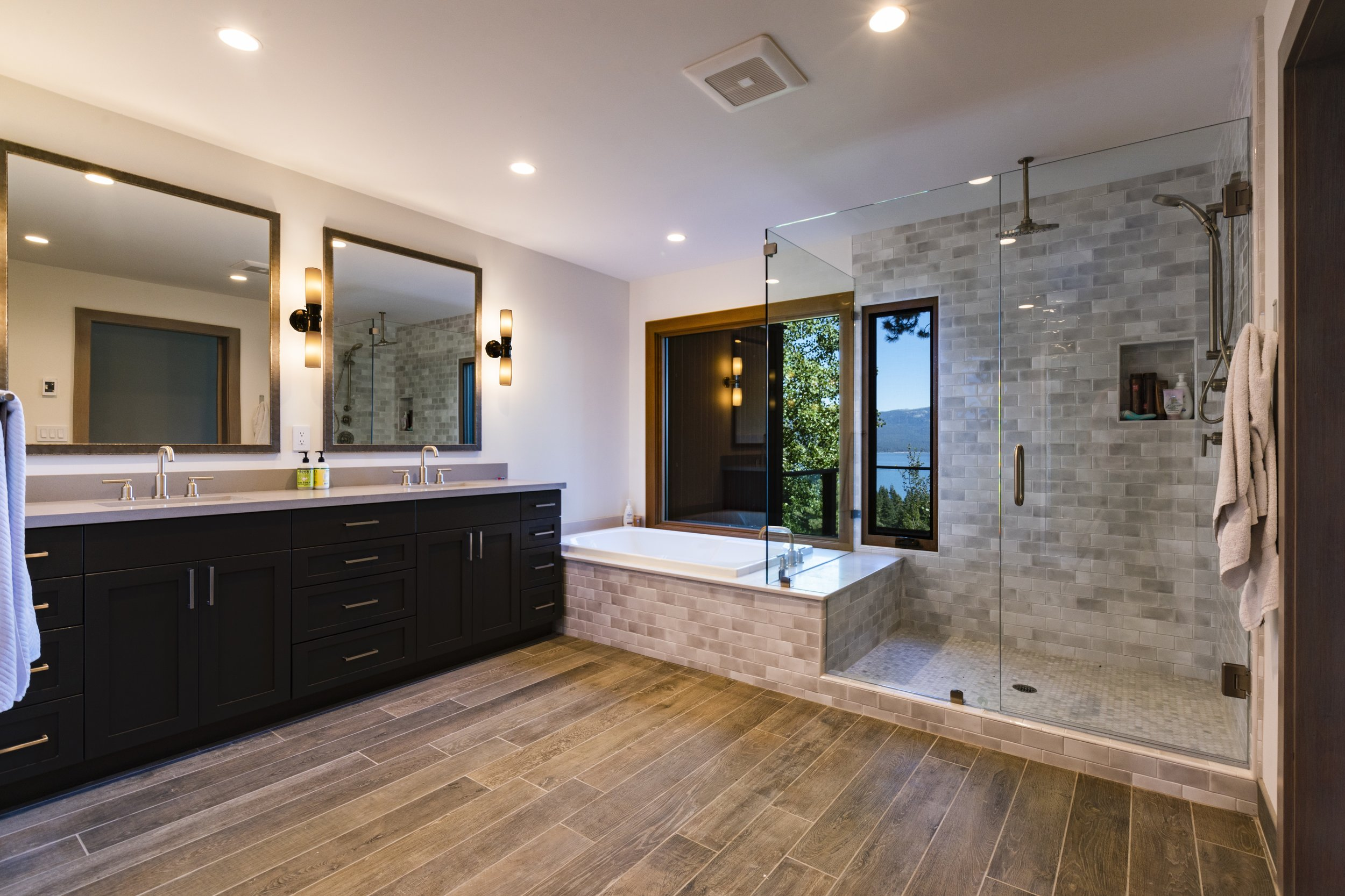 x 5-Hartline-Construction-184-Edgewood-Master-Bathroom.jpg