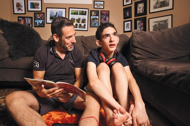Paul Solotaroff and his 17 year old son Luke at home, July 2016 (Gillian Luab)