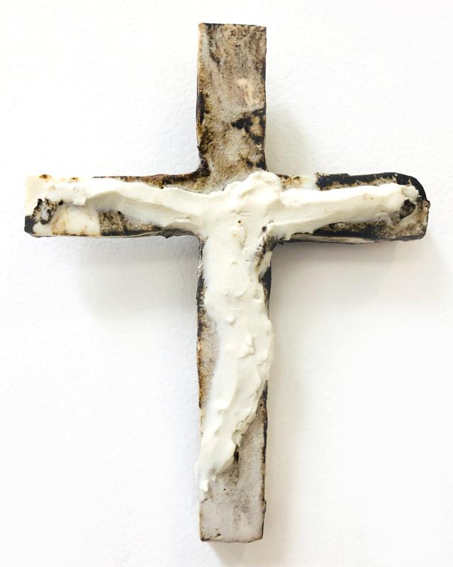 Richard Lewer  Crucifix #15,  2018 Fired stoneware 175 x 130 mm  _______