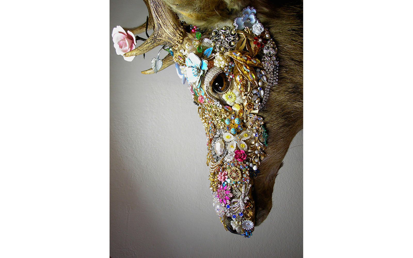 Angela Singer  Unexplained Recovery (Dead Eyed series) , 2010 Recycled vintage taxidermy stag, gems, mixed media 810 x 512 x 421 mm [Private collection]   _______