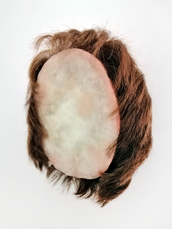 Angela Singer  Primer , 2019 Found mannequin heads and wax  170 x 135 x 80 mm  ______
