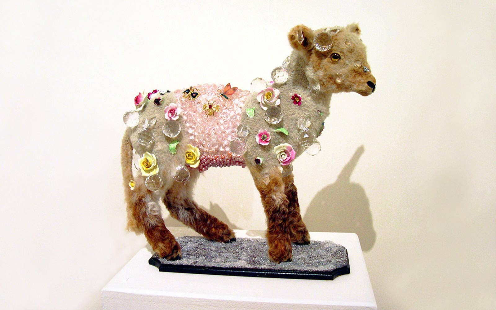 Angela Singer  Chilled Lamb , 2004 Recycled vintage taxidermy lamb, blowflies, gems, mixed media 490 x 560 x 230 mm [Collection of the Wallace Arts Trust]   _______