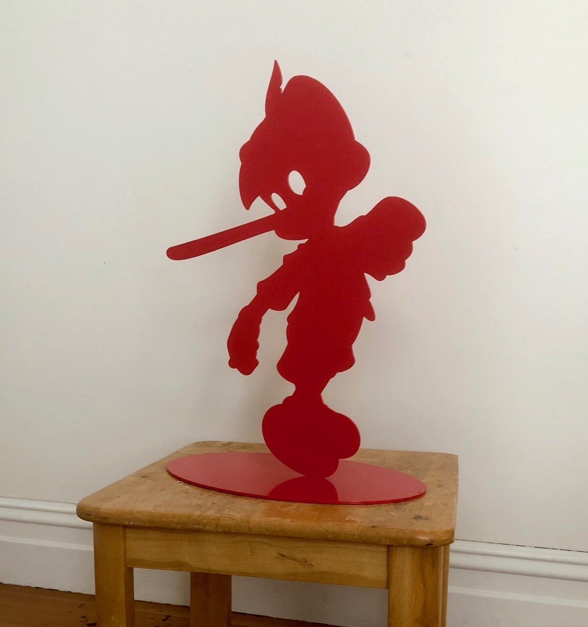 Wayne Youle  A flamboyant piece of work,  2019 Powder coated silhouette steel 650 x 440 x 270 mm Edition of 3  ______
