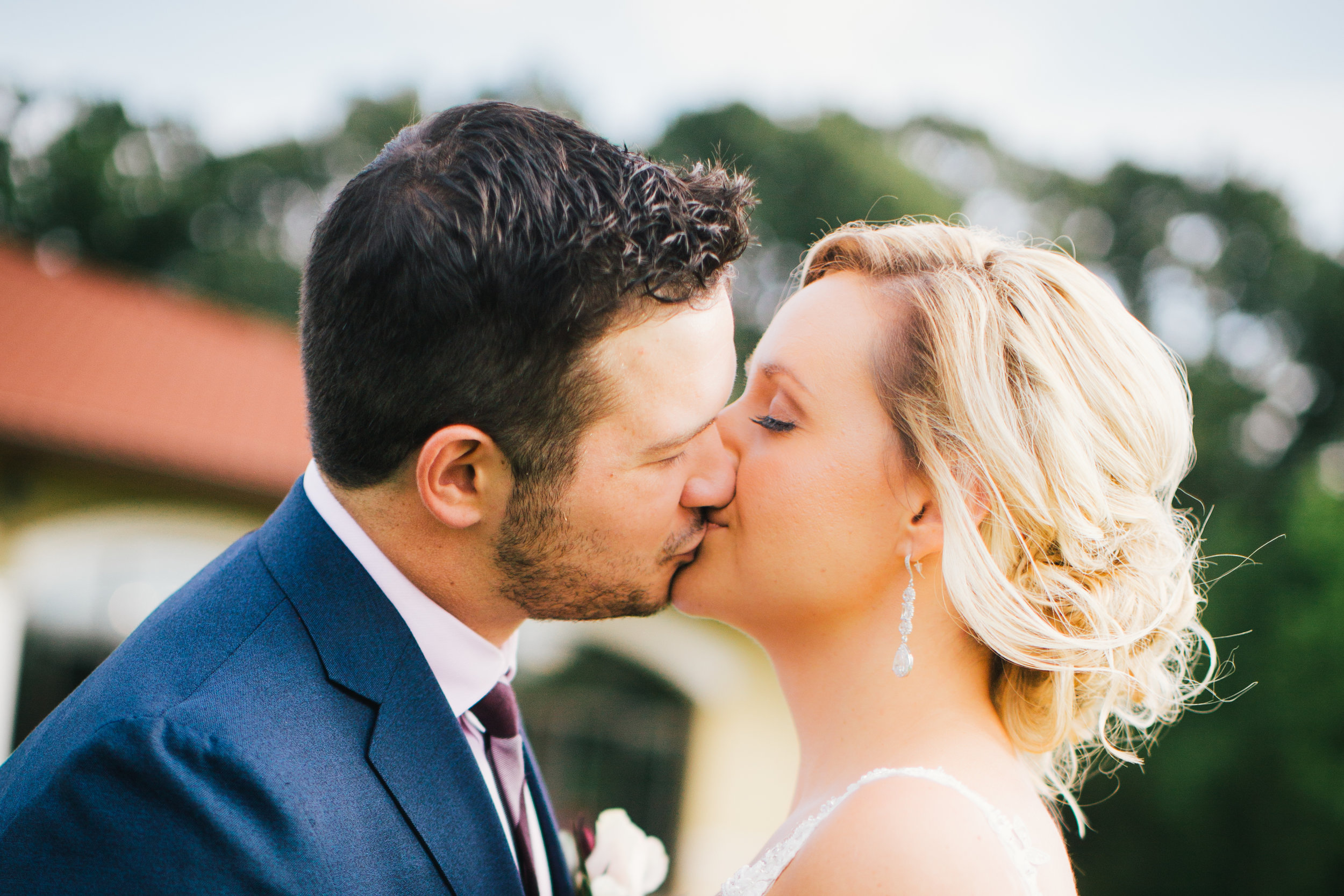 We had such a great experience working with you...You made everything so seamless and easy.You are so very talented,and I would recommend you to anyone.xo, vanessa - Photo copyright of Hannah Persson Photography