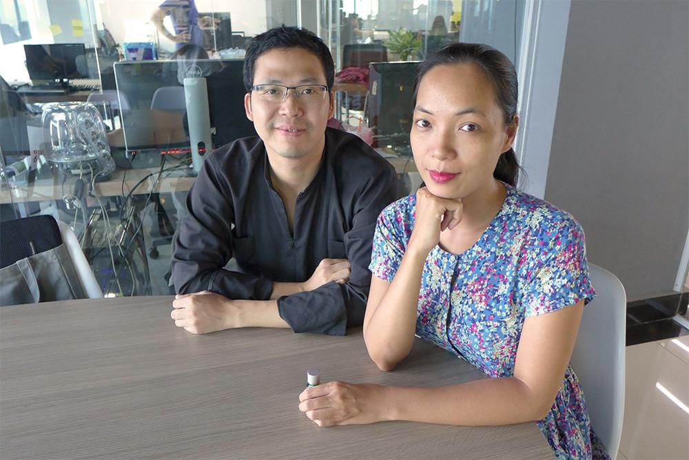 映画プログラマーの Marcus Cuong Vuとグエン・ホアン・ディエップ監督。2016年6月にハノイにて。Photo by Normal Screen.